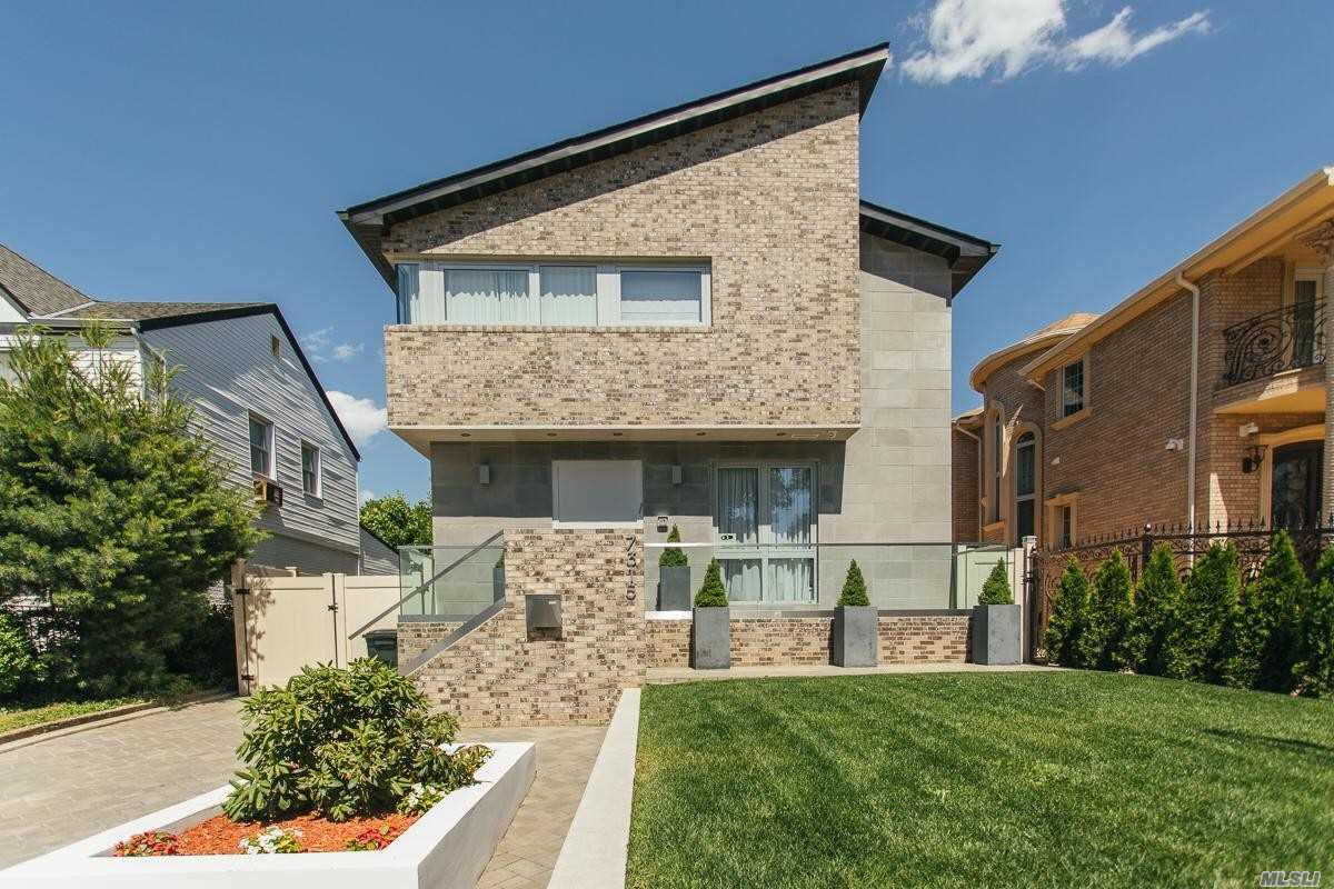 Newly Constructed, Designer Built House! Property With Building Size Of 27'X 46' Features Garden With Generous Deck Perfect For Outdoor Relaxation & Dining. The First Floor Offers Expansive Living Area With Open Cathedral Ceiling, Chic Kitchen With Custom Poliform Varenna Cabinetry, Gaggenau Appliances. Custom Designed Bathrooms Equipped With European Tiles. Full Basement, 3 Zone A/C, 4 Heat Zones, Foam Insulation. Located With Close To Major Transportation, Schools, Cunningham Park, Highways!