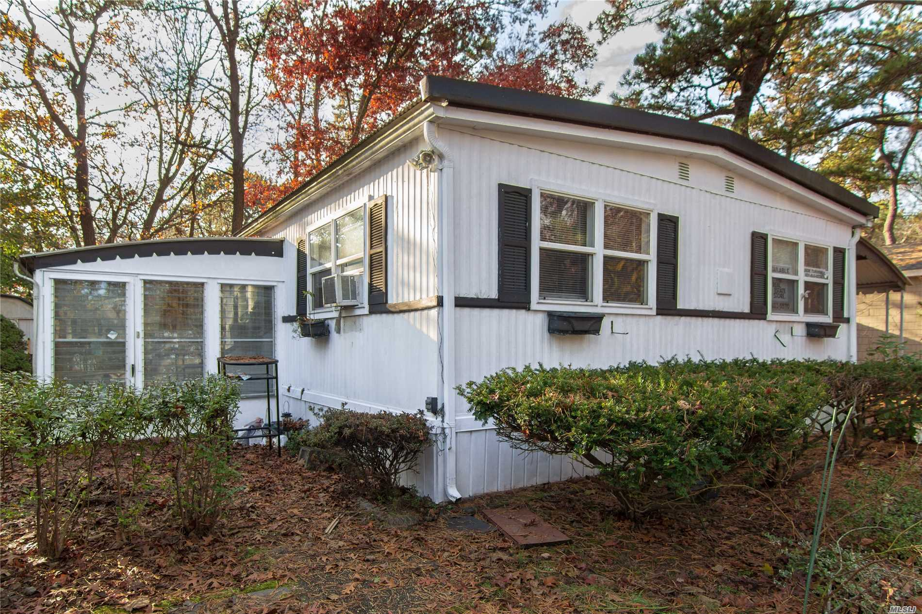 1971 Double Wide, 55 And Older Community. Cash Only. Kitchen, Living, Dining Rooms. Two Bedrooms And A Full Bath. Sun Room. New Windows.A/C Units In Bedrooms.Semi Furnished.Land Rent Is $789. Per Month .Use Of Club House. Southampton Beach Rights. No Dogs Over 45 Lbs.