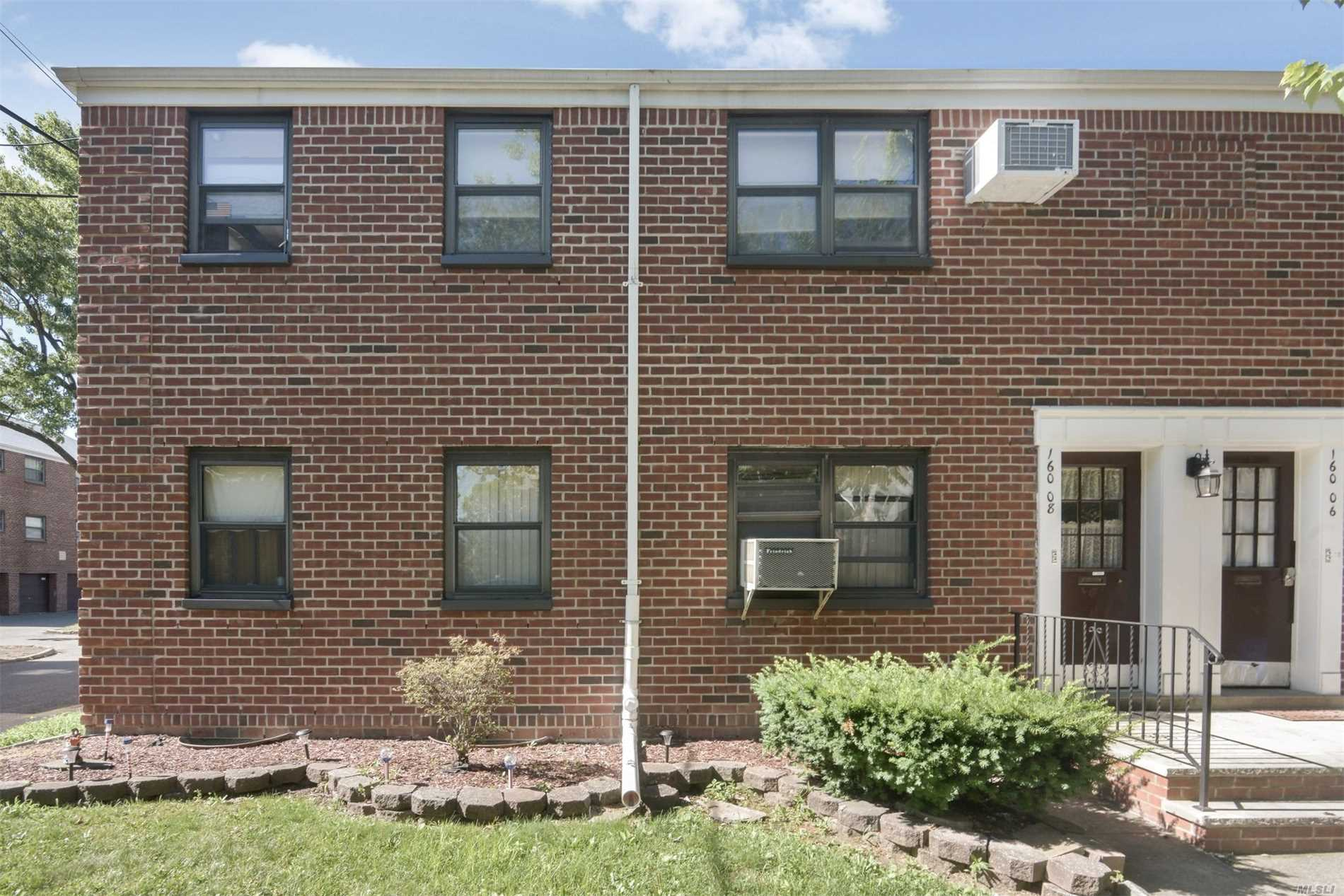 Large And Sunny 2 Bedroom Unit, Hardwood Floors Throughout, Large Updated Eat In Kitchen, Laundry Too, Corner Unit With Extra Windows, Lots Of Natural Sunlight, Large Master Bedroom, Additional Bedroom, This Unit Has A Finished Attic With Hardwood Floors, Cedrar Closet And Much More, Lighting And Electric Too, This Is A Rare Find Unit, A Possible 3rd Bedroom, Clearview Does Not Allow The 2nd Floor Units With Attic Now To Finish-This Is Unique And Very Spacious Unit, Come Make This Your Home