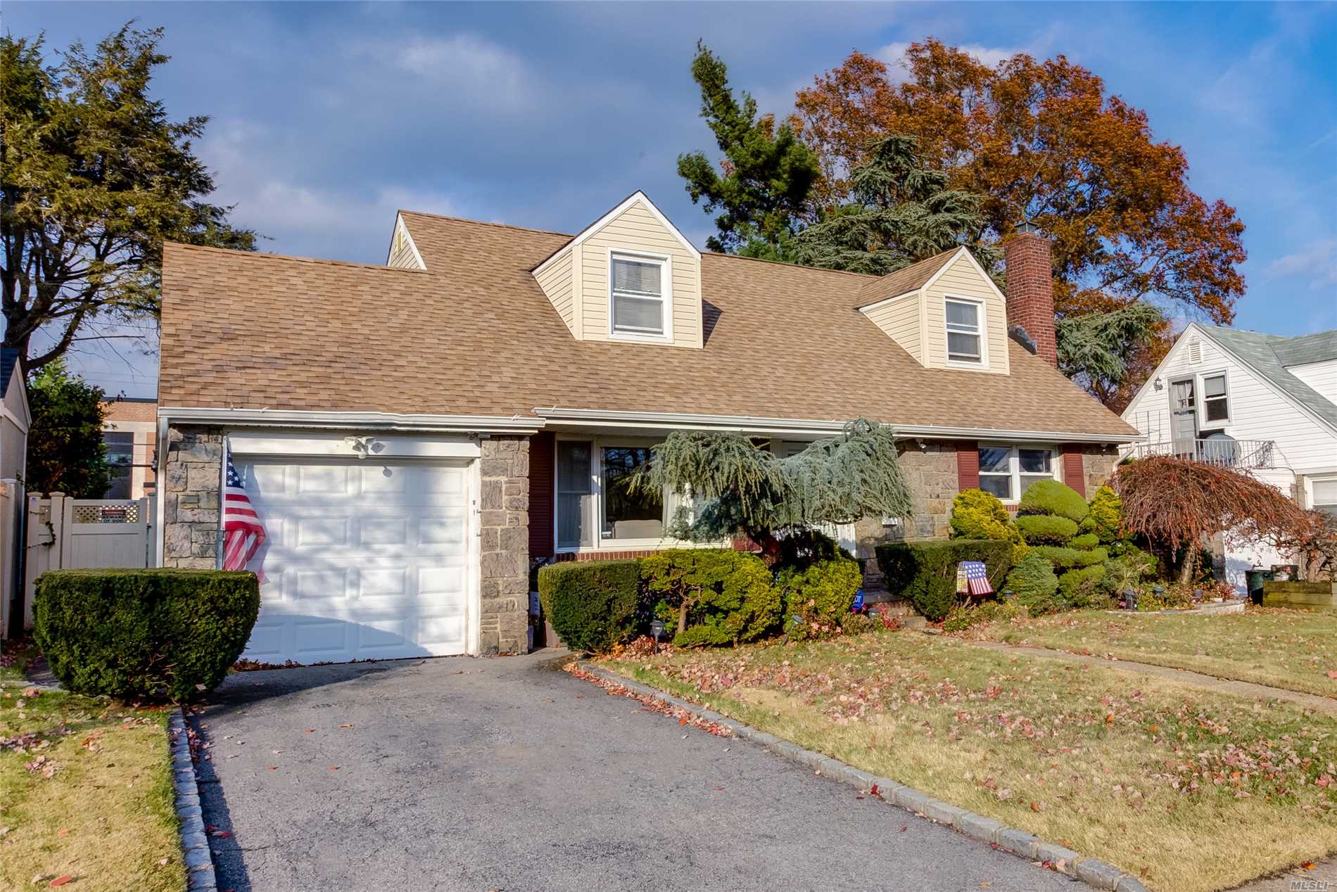 4 Bedroom Cape W/ Renovated Bathrooms. Kitchen Is Open To Main Floor Enclosed And Heated Sunporch/Den. X-Lg Landscaped And Fenced Yard W/Large Patio. Motivated Sellers And Low Taxes!