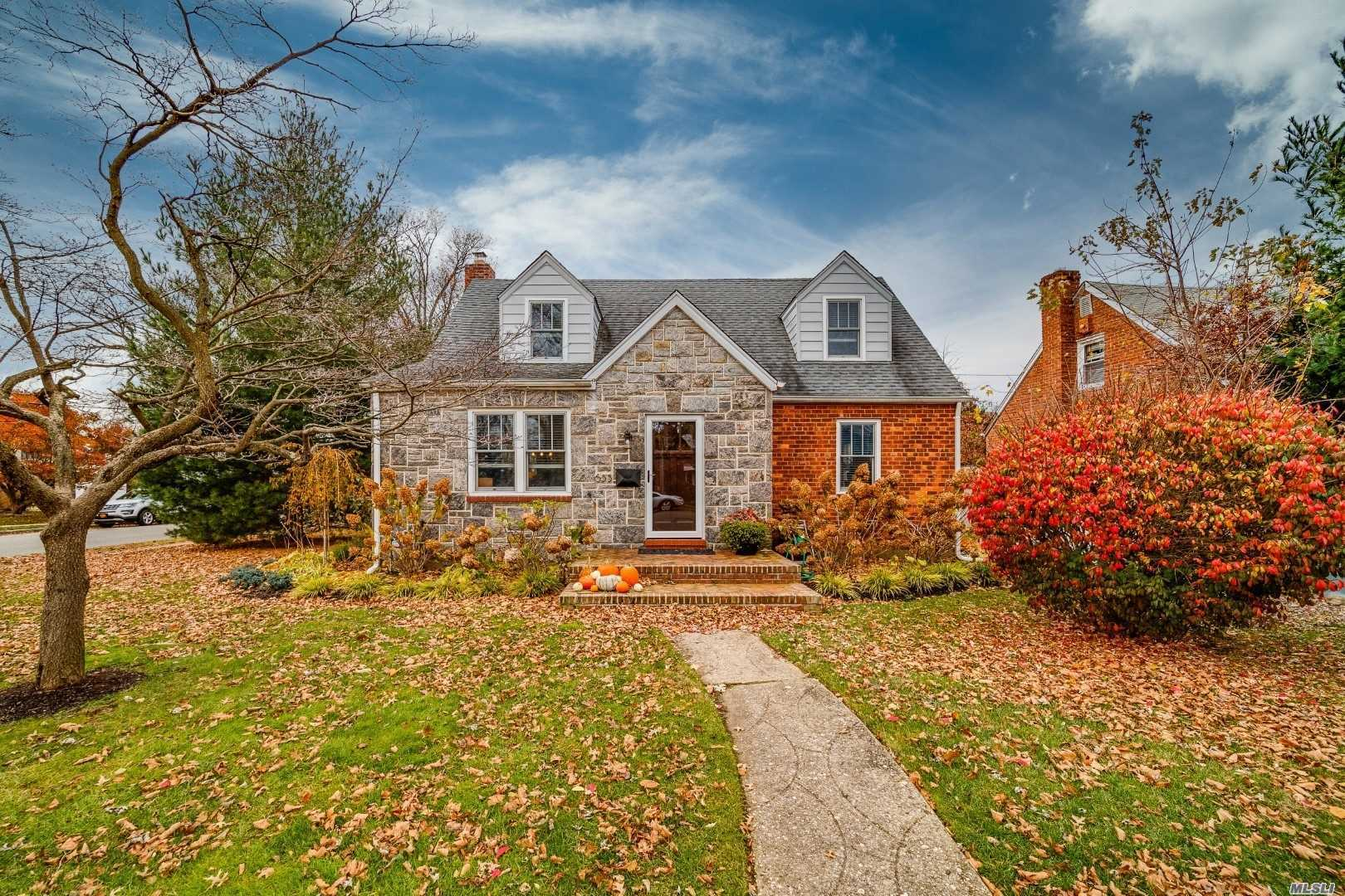 Drop Dead Stunning Home, Gut Renovated In 2016. Fabulous Moldings, Designer Kitchen With High End Finishes, And Quartz/Granite Countertops. Amazing Built-In-Closets, Custom Hardware And Solid Wood Doors. Brand New Bathrooms, Burner, Cac, Hot Water Heater, Windows, Electrical And Plumbing. Must See To Be Believed!!!