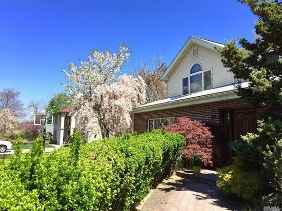 This Beautiful And Bright Modern House Sits On A Garden Like Tree Line Block .Features 4 Spacious Bedrooms And 4 Full Baths;2 Car Garage, Large Living & Dining Areas, Plus Granite Gourmet Kitchen, Private Backyard, Hardwood Floors, Anderson Windows, A Rare Opportunity To Be Found In Great Neck. North Schools,