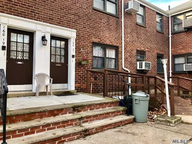 1st Floor 2 Bedroom Unit On A Quiet Tree Lined Street In A Smaller, Well Kept Garden Courtyard. Charming Built In Wall To Wall Closets And Ample Storage Space Through Out. Wood Floors, Eat In Kitchen, Washer, Dryer, Dishwasher, Living Room/Dining Room Combo. Handicap Access To Front Door Via Ramp.