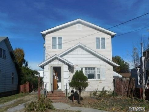 Cozy Cape With 4 Beds And 2 Bath, Unfinished Basement, 1 Car Garage. Close To Shopping, Transportation And Major Roadways
