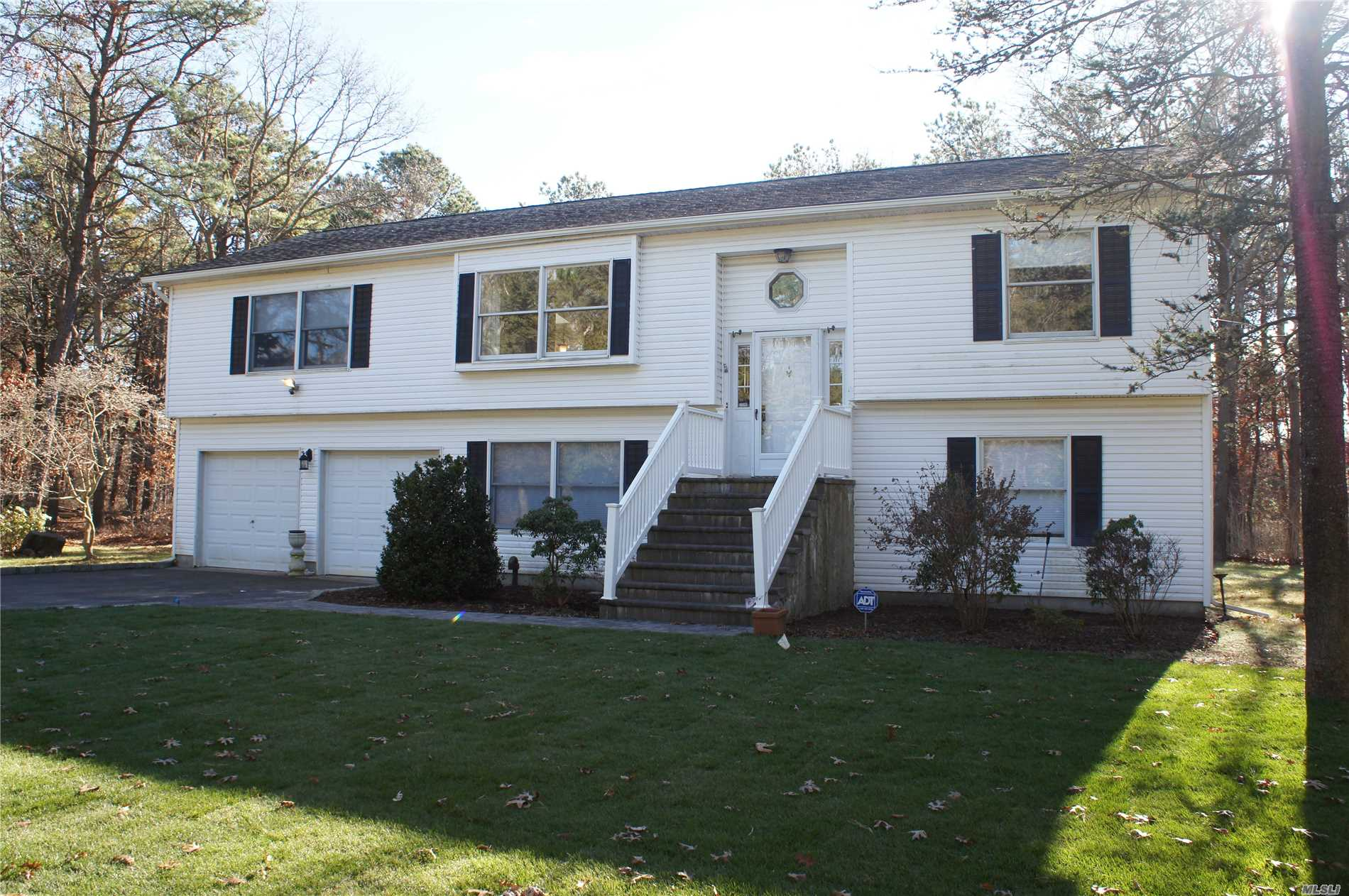 Great House In The Heart Of Manorville On Beautiful 1.3 Acre Property. Features Include: 5 Spacious Bedrooms, 3 Full Bathrooms, Lots Of Room For That Large Or Extended Family. Hardwood Floors Upstairs, Woodburning Stove In Family Room, Radiant Heat In Master Bath, New Roof, New Gas Heating System. Close To Shopping, Highways And More. Call Today.