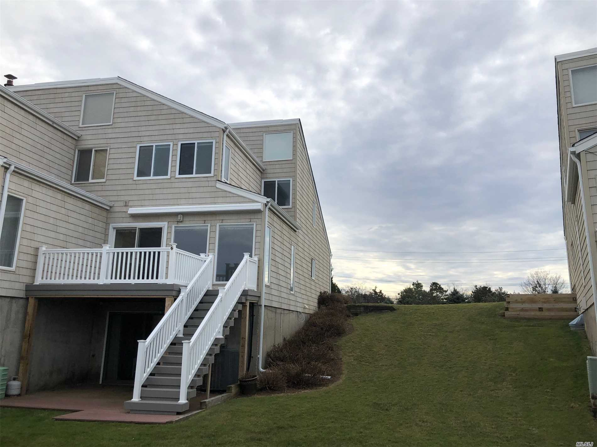 Waterfront Corner Unit With Spectacular Views & Sunsets Renovated Kit, Dr, 3Bdrms, 2-1/2 Baths. Spacious Sunlit Lv Room W/Sliders To Waterside Deck. Walkout Lower Level  W/Sliding Doors To Outside Deck  Family Rm  Brm, Full Ba,   Single Unit - No One Above Or Below.Hoa $450 Mo Near Restaurants Golf Wineries
