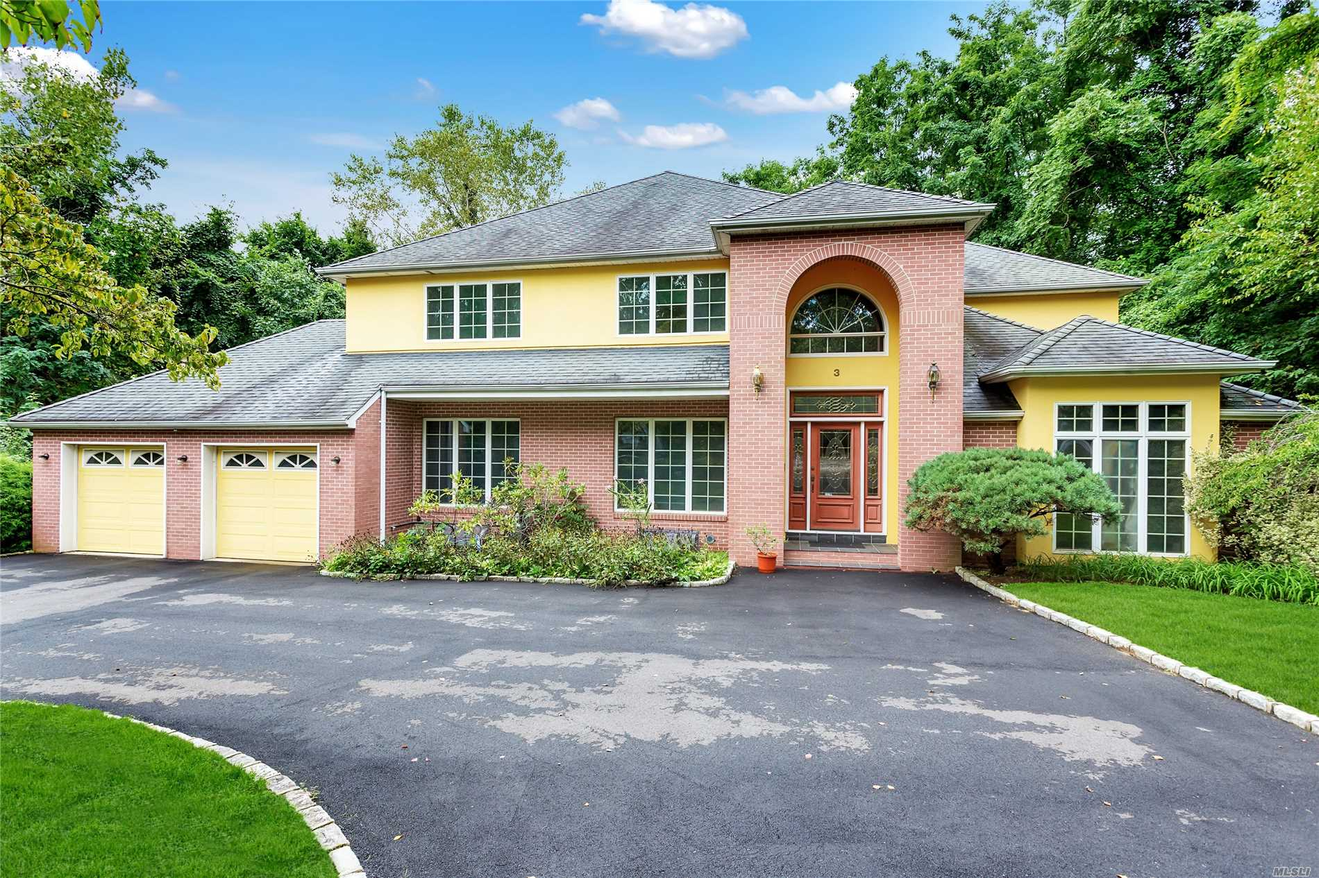 Colonial Contemporary Has High Ceiling Foyer Entrance, 7 Bedrooms And 4 Bathrooms, Two Master Bedroom( One In 1st Floor). Guest Room And Bath. Master Has Jacuzzi, Separate Shower And Large Walk In Closet, 4 Other Bedrooms And Bath On Over 1 Acres Lot In Flower Hill. Circular Driveway. Near St Frances Hospital And Americana Shopping Mall, 27 Min. Away To Penn Station Thru Lirr. Has Lap Swimming Pool,