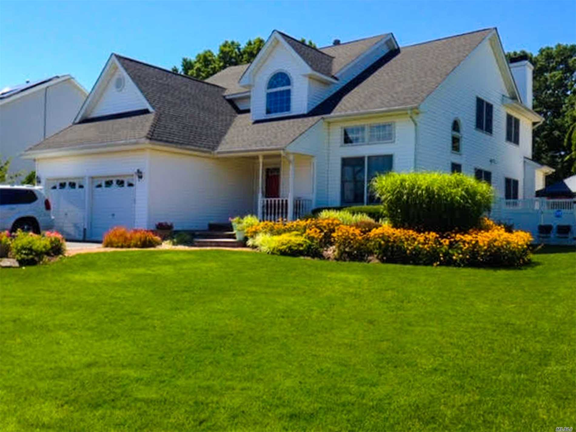 Elegant Style Home In Cul De Sac Boasts A Spacious & Open Flr Plan. Kitchen Opens To The Relaxing Family Rm W/ Fireplace & Drs Overlooking Resort Style Yard W/ In Ground Pool & Electric Pool Cover. Completing 1st Flr Is The Apt Area For Extended Family. Add'l Amenities- White Wash Maple Cabinets/Granite/ Tile Back Splash/Ss Appls/ Hw Flrs /Radiant Heat In Master Bath/Vaulted Ceilings/Crown & Chair Rails/ Master Br Fireplace/ Solar Panels/ Upd Windows/Roof/Siding..Plus Much More!