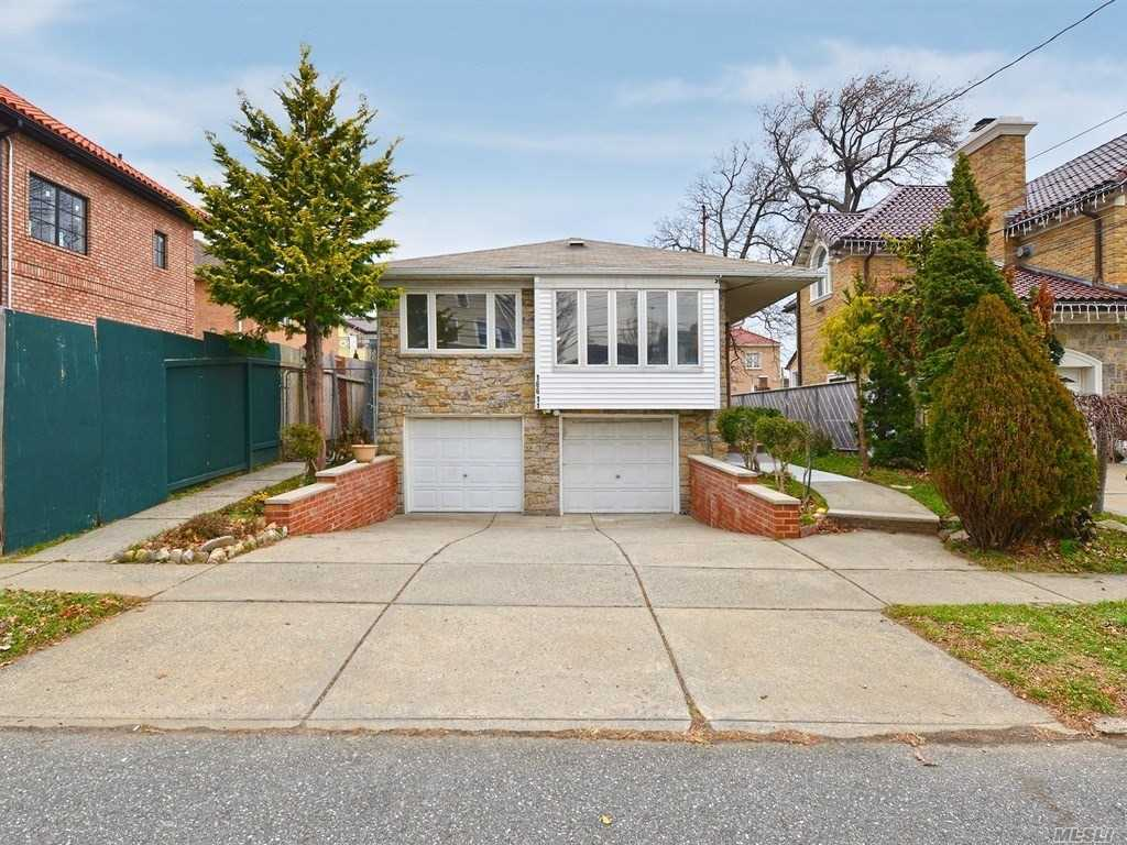 Great Opportunity: 1-Family Renovated And Very-Well Maintained Hi-Ranch In Prime Robinwood Location. Features Large Rooms With Lots Of Natural Sunlight, Private Backyard, Driveway, And Two-Car Garage. Close To Little Bay And Fort Totten Parks, And The Bayside Marina. Has Easy Access To Major Highways And Is Convenient To Shopping, Schools, Restaurants And Transportation. 35-Minutes To Manhattan On Qm2 Express Bus.