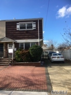 Whole House For Rent, One Dwelling House 1088Sqft, 3 Parking Spaces And Private Backyard, Washer And Dryer In Basement, Newly Renovated, Split A/C In Each Room, Stainless Steel Appliances, Zoned For Ps154/Is250, Convenient To Bus Q64/Q65/Q34/Q25 And Qm41/Qm44 Express Bus, Convenient To All.
