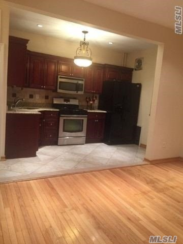 All Renovated Railroad Apartment For Rent In Glendale. Features Living Room/ Dining Room Combo, Kitchen With Stainless Steel Appliances, 3 Bedroom & 1 Full Bath. Hardwood Flooring Throughout. Heat And Water Included. Ample Closet Space. Close To All Shops Transportation.