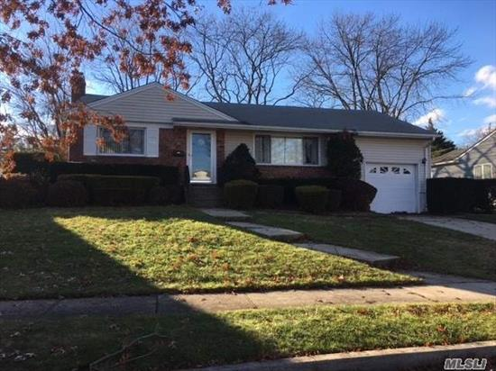 Beautiful Wide-Line Exp. Ranch Situated In Lenox Hills, Inc. Vlg, Quiet Mid-Block, Great Curb Appeal W/Brick & Vinyl Sided Ext., Eik W/Oak Cabinets & Walk-In Pantry, Rear Ext. Family Rm, Mbr Framed For Full Bath, Fin Family Rm Basement, Most Windows Replaced, H/W Flrs, Igs In Front Only, Close To Bethpage State Park & Golf Course, Close To Town, Shopping & R/R.