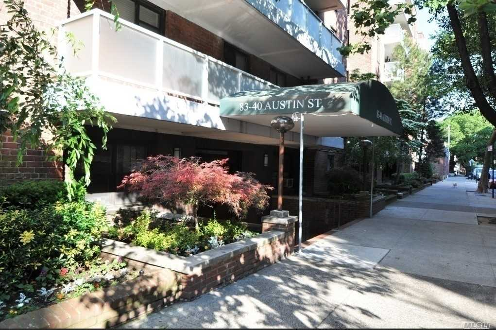 Large 1 Bedroom In The Heart Of Kew Gardens. Oversized Eat In Kitchen, Large Bedroom With Custom Closets, Very Sunny Apartment! Building Offers Newly Renovated Lobby, Laundry Room, Elevators And Large Outdoor Patio. Conveniently Located 1 Block From Shops, Lirr (15 Minutes To Nyc), 5 Blocks To E & F Subway! Must See!