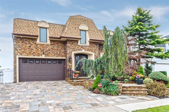 Panoramic Open Bay 5Br Colonial--Cul-De-Sac--New Vinyl Bulkhead, Pier/ Floating Dock! N E W: Plumbing/Vinyl Ig Pool, Pavers, Ductwork For Central Air, Sweeping Bannister, 1st Level New Tiled Floor/New Central Vac! Updated Bths/Stately New Front Entry Door! Granite Eik/Kitchen Nook! Replaced Thermostats, Many Brand New Pella Windows, Gas Marble/Travertine Fireplace, New Attic Fan, LED Lites, Trex Deck, Exter. Lites & Skylite/Motorized Shade! Unobstructed Views Of Bay! Also Available For Rent!