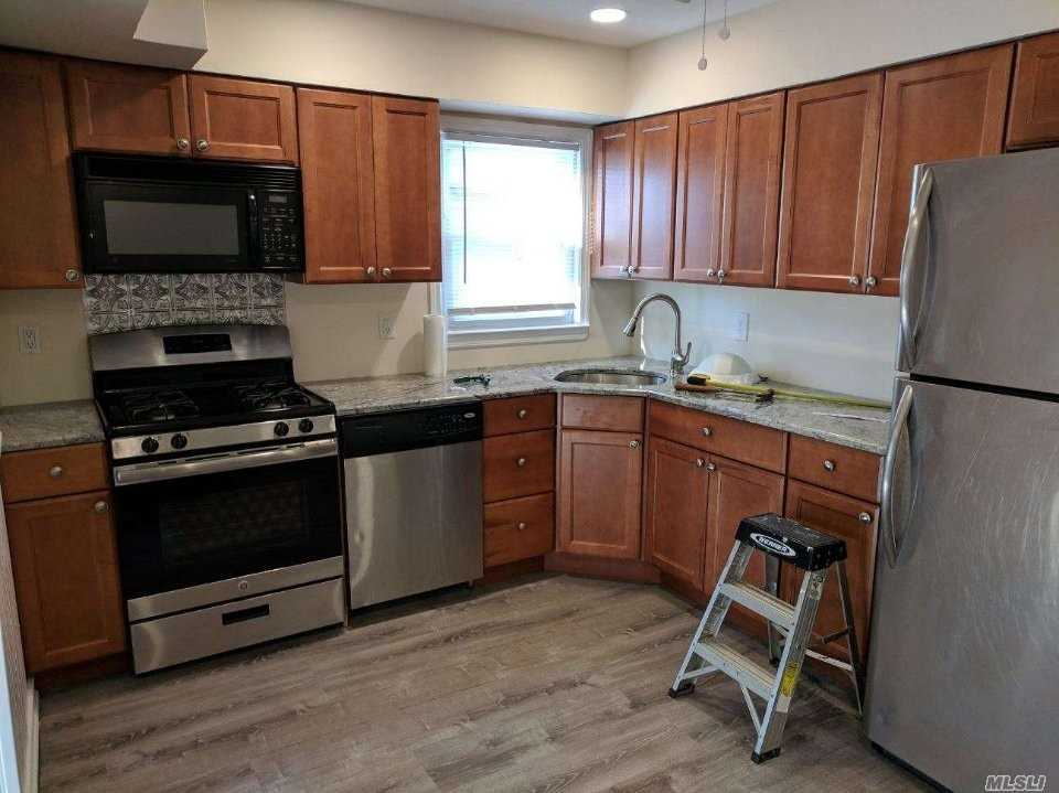 Awesome Updated Large 2 Br And Two Full Bath Rental In School District #20! New Kitchen And New Bathroom. Finished Basement With Full Bath And Washer/Dryer. Off Street Parking And Use Of Large Backyard!!!