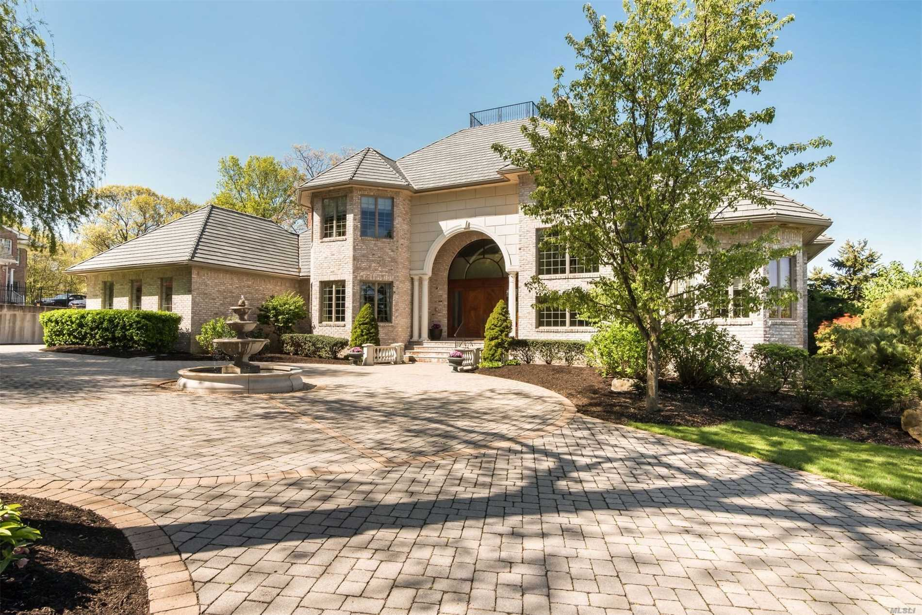 **Motivated 2019 Spring Relo** Fabulous Post Modern W/Magnificent Panoramic Views Of Mt.Sinai Harbor. Spectacular Gourmet Kitchen W/Deluxe Sub Zero & 6 Burner W/Grill W/Breakfast Area Opens Den. Library/Study. Main Level Regal Master En-Suite & Opulent Master Bath. Grand Staircase Leads To 2nd Floor Gallery & 4, 000 Sq Ft. Bsmnt W/Copper Bar&Lounge, Game Rm, Gym And Bath.Smart Home W/24 Hr. Extensive Alarm System. Radiant Heated Floors&Surround To 1st Floor & Bsmnt & All Balconies.