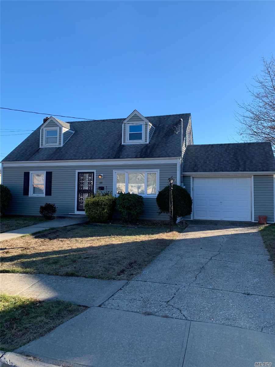 Great Cape On A Quiet St In Uniondale. Mint Condition Easy To Show. Won't Last!!!