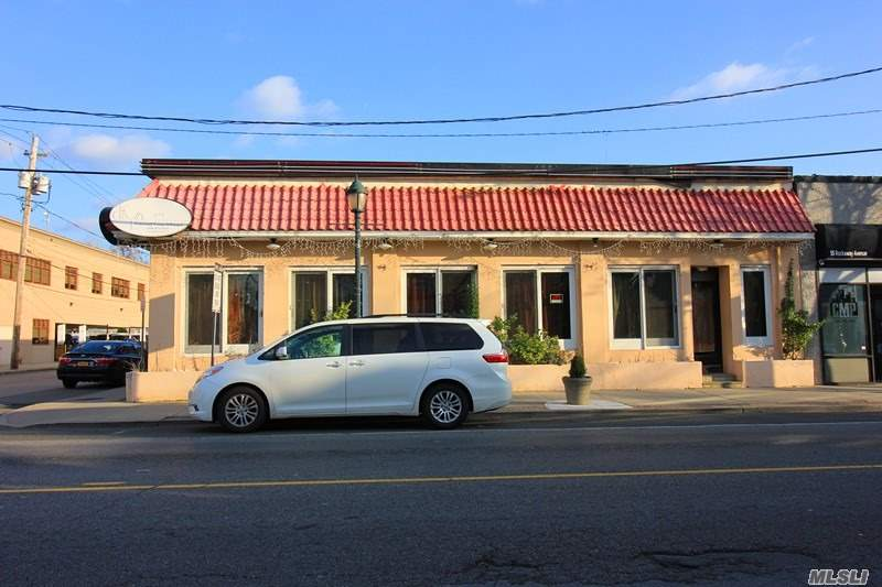 Buy Building Get Parking Lot Free. Corner Commercial Property Located At Downtown Of Valley Stream. Fully Vacant Now. Great Restaurant In The Past. Can Be Any Type Of Business Like 99 Cents Store, Deli Store, Office Etc Self-Use Or Investment. Back 5000 Parking Lot Is Selling Together. Totally 10000 Sqft.Closed To Town Hall And Business Parking Lot. Busy Street! Hot Location! Buy One Get Two Changes. Good For 1031 Exchange. Don't Miss Out!