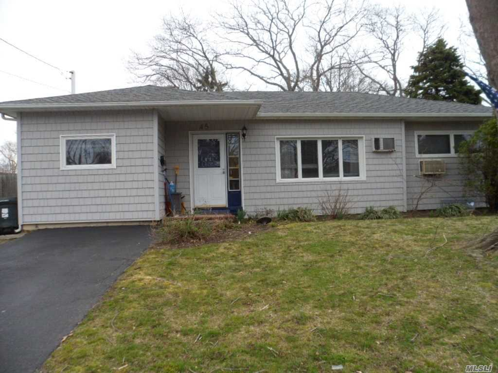 West Sayville-3 Br 1.5 Bth Ranch W. Bsm't, Fr, Gleaming H/W Floors, Vinyl Siding, Pvt Driveway, Sayville Schools, Fenced Yard, Mid Block Location
