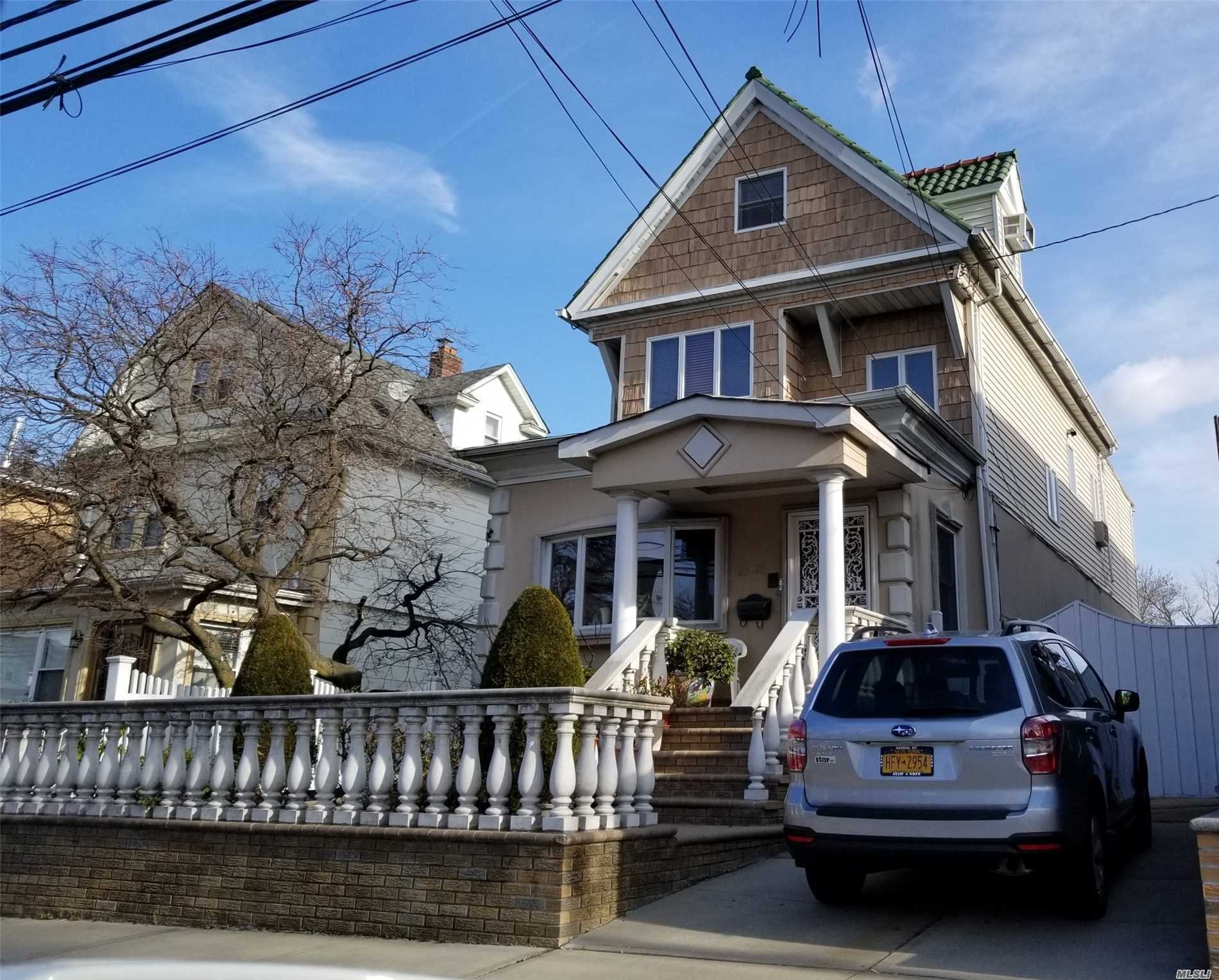 Beautiful 2 Fam. In Heart Of Flushing,  Gourmet Eik. Custom-Built Granite Counter Top, Solid Wood Cabinetry, Top Line Appliances,  R4-1 Zoning,  The Lirr(Broadway Station) Within 3 Blocks. By Appt Only 24Hrs Adv Notice.