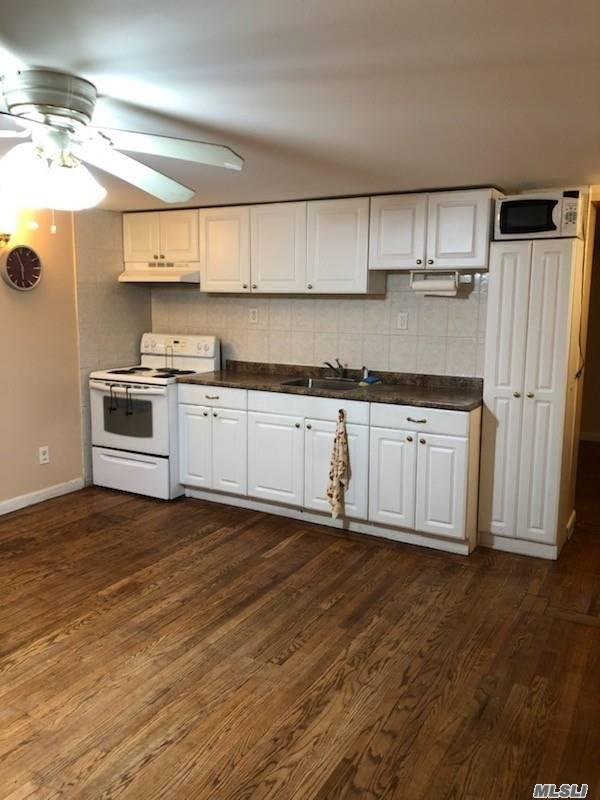 Large 2 Br Apartment In East Islip. Garage Included.