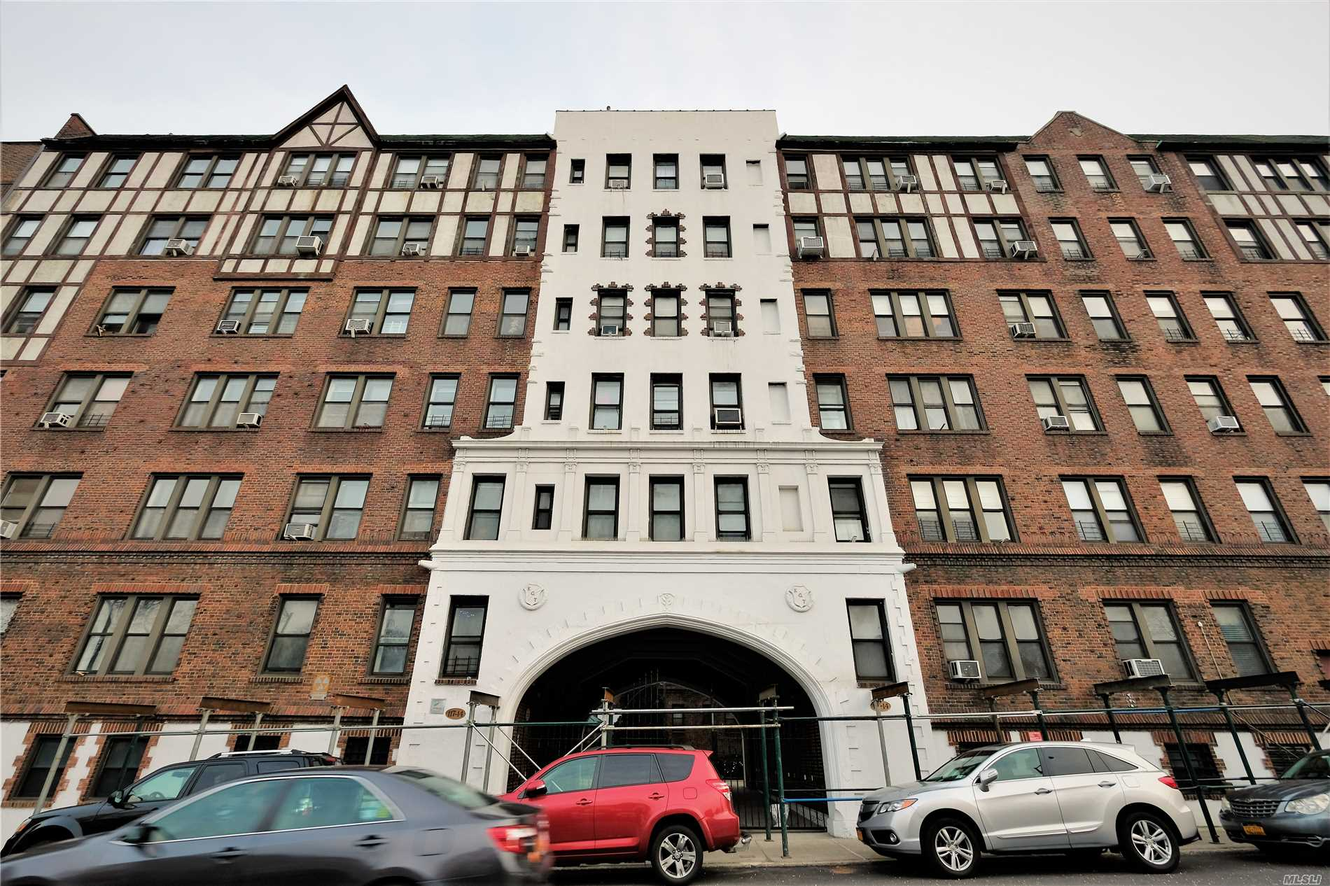 Pre War Oversize 1 Bedroom Jr4 With An Office/Den Next To The Kitchen. High 9 Ft Ceiling, Windows In Every Room. Hardwood Floors. Charming Old World Fixtures With Original Closets. Pet Friendly 2 Blocks To Express E/F Subway Station. 5 Blocks To Lirr Station. Maintenance Includes Assessment Of $140 Per Month For Capital Improvement Until Approximately November Of 2020.