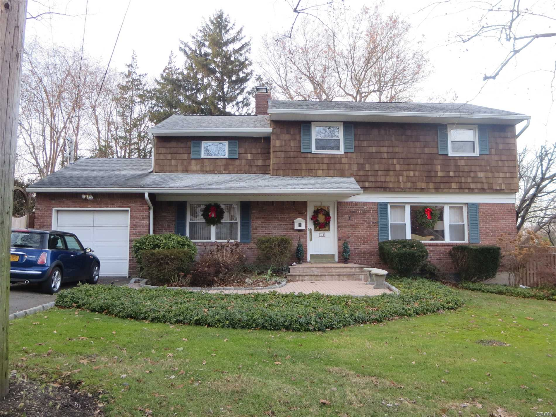 Beautiful 3/4 Br Colonial. All Tenants Must Submit Ntn Appl. Inc Verif Req. No Smoking & No Pets. Ground Care Incl. Huge Mbr Was Orig 2 B/R's. Can Have 1/2 As An Office Or Nursery. Eik W/Center Island. D/R W/Sliders To Huge Deck. Fully Fenced Yd. 2 Zone Cac. Minutes To Hunt Village & Lirr. Tons Of Closets. Recessed Lighting Throughout. Neutral Colors. Spa Like Master Bath With Sumptuous Whirlpool Tub & Sep Shower. Gas Fpl In Den. Fin Bsmt W/Ceramic Tile Fl. Gas Heat/Cooking. Occupancy March 1st.