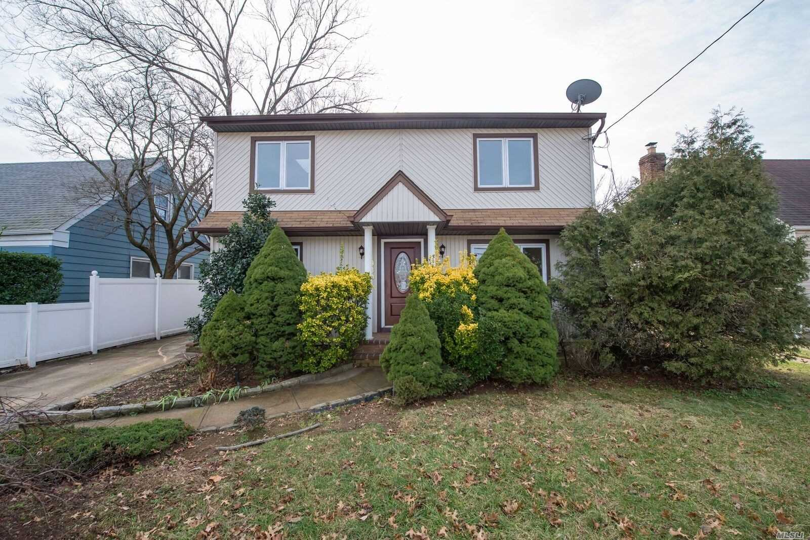 Your Next Home! Move Right In To This Lovely Residence Which Was Totally Redone. New St Steel Appliances, Built-In Micowave, Quartz Counters, Pvc Fenced Property, Light And Bright! Young Boiler And Hw Heater, New Bamboo Floors, Eat In Kitchen With Slider To Covered Patio.