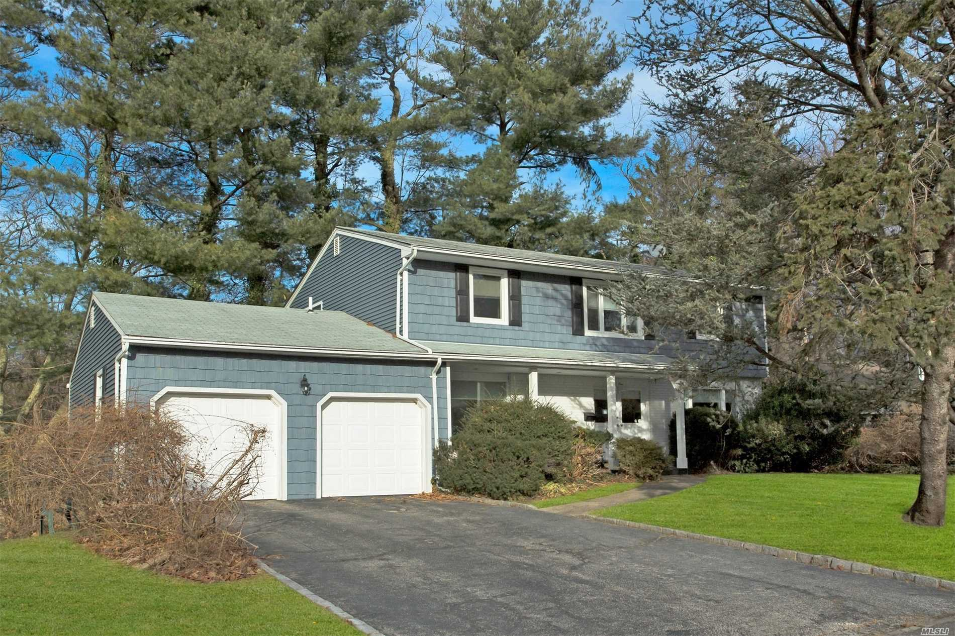 Very Well Maintained Colonial In Port Washington Estates. Gorgeous Floor To Ceiling Windows Bring Beautiful Nature Views Into The Home. Large Living Room With Hardwood Floors And Cozy Fire Place. Spacious Kitchen With Silestone Counter Tops, Induction Cooking, Subzero Refrigerator And Charming Eating Area. Master Suite W/Beautiful Sitting Area. Close To Beach, Golf Course, Train Station, Shopping, And Restaurants. Beach & Mooring Rights. Half An Hour To New York City. Port Washington Schools.