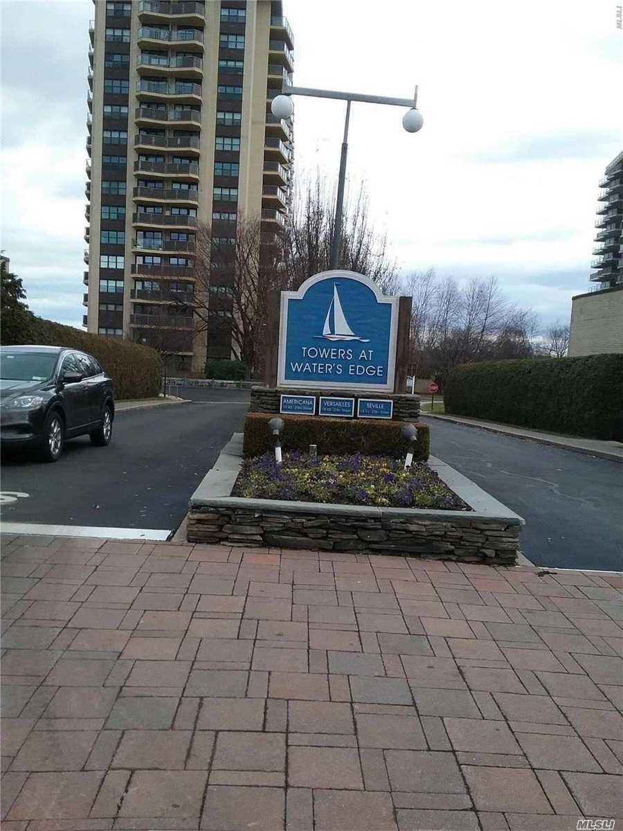 Move In Ready! Resort Style, Luxury Building With 24 Hr Doorman. Terrace With Water View, Cac, Gym, Pool, Tennis. On-Site Salon, Dry Cleaner, Deli Grocery. Convenient To Shopping, Transportation And All Major Highways. A Must See!