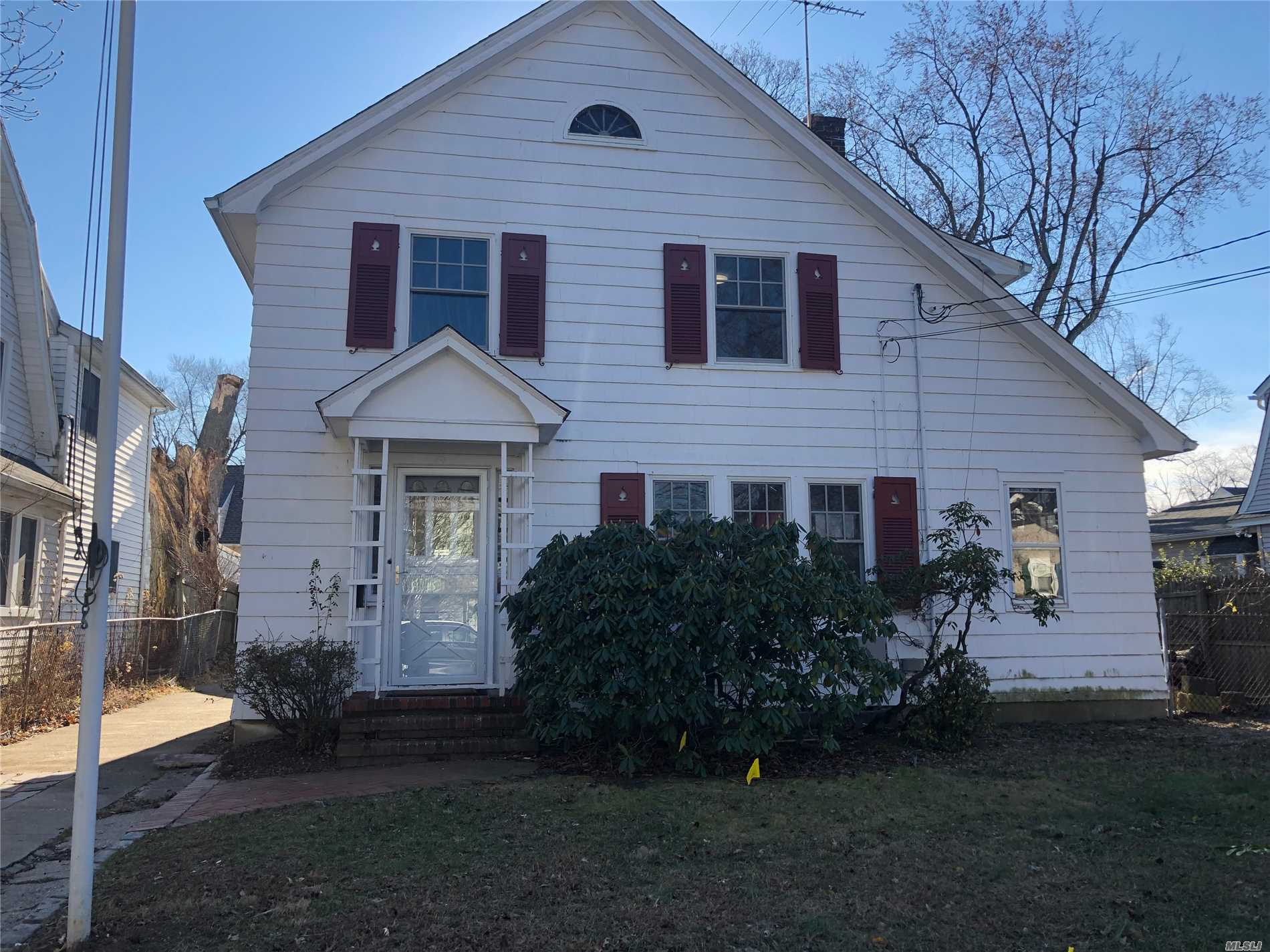 Charming Updated 3 Bedroom Colonial. 1 Full Bath And 2 Half Baths, Eat In Kitchen, Den, Hardwood Floors, New Gas Heating, New Cac, New Windows, 2 Car Garage, , New Washer And Dryer,  Guggenheim Elementary School. Easy Walk To Lirr, Schools, And Shopping.