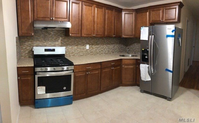 Brand New 3 Bedroom, 1 Bath Apartment. New Appliances And Wood Floors. Tenants Are Responsible Of Electricity And Cooking Gas.