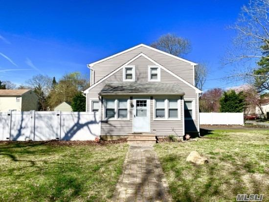 Large Colonial In Diamond Conditions, Big Fenced Back Yard, Recently Renovated, Ready To Move In. Big Master Bedroom With Plenty Of Closets. New Heating System, Pool Is A Gift. Good For All