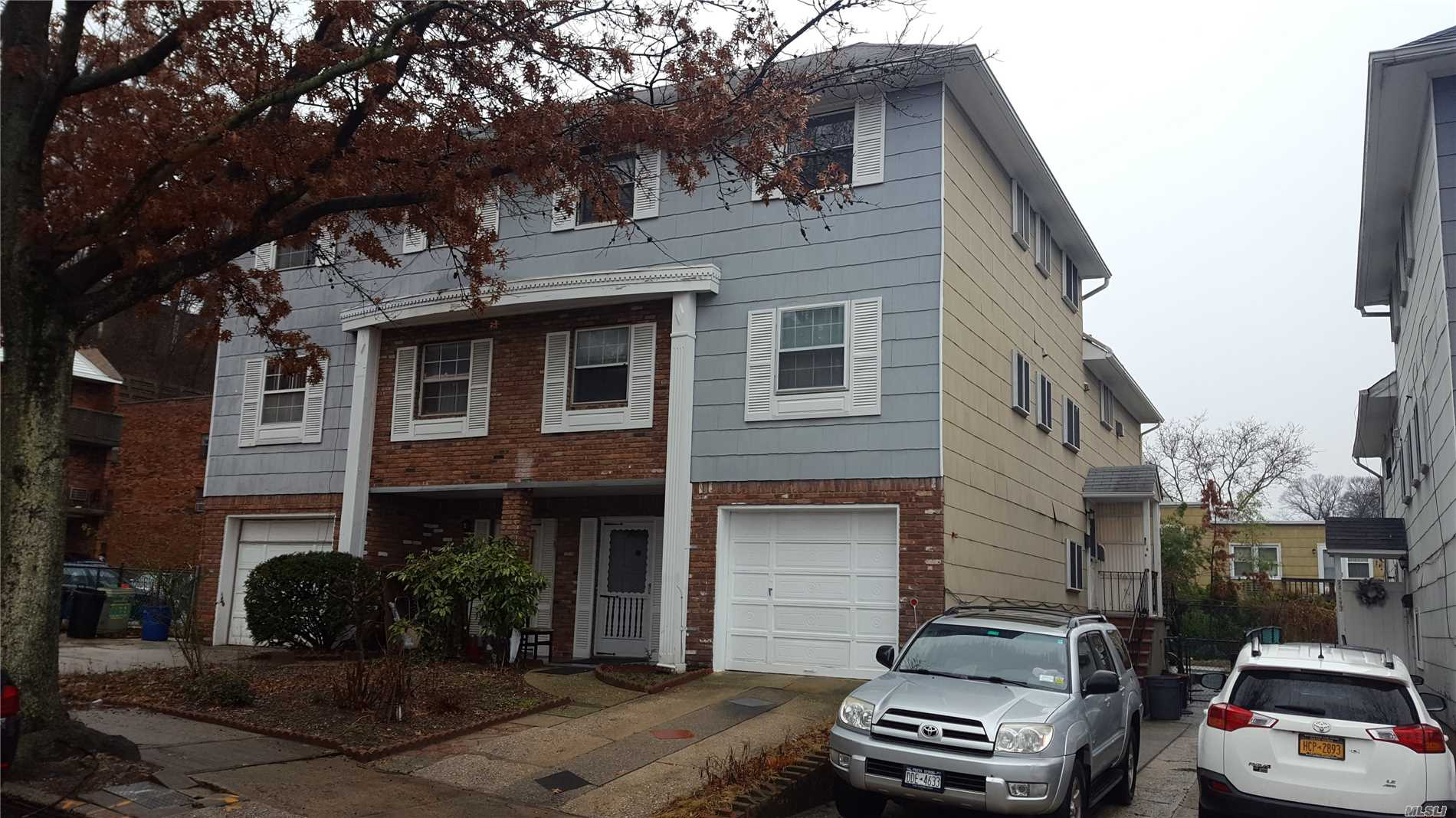 Desirable Split Style(Duplex Over Triplex) In Douglaston Plaza Area. Sunny And Bright Income Produce Property - Legal 2 Family. Units Need Upgrade And Decorations Jobs In Kitchens And Baths, But In Good Shape.
