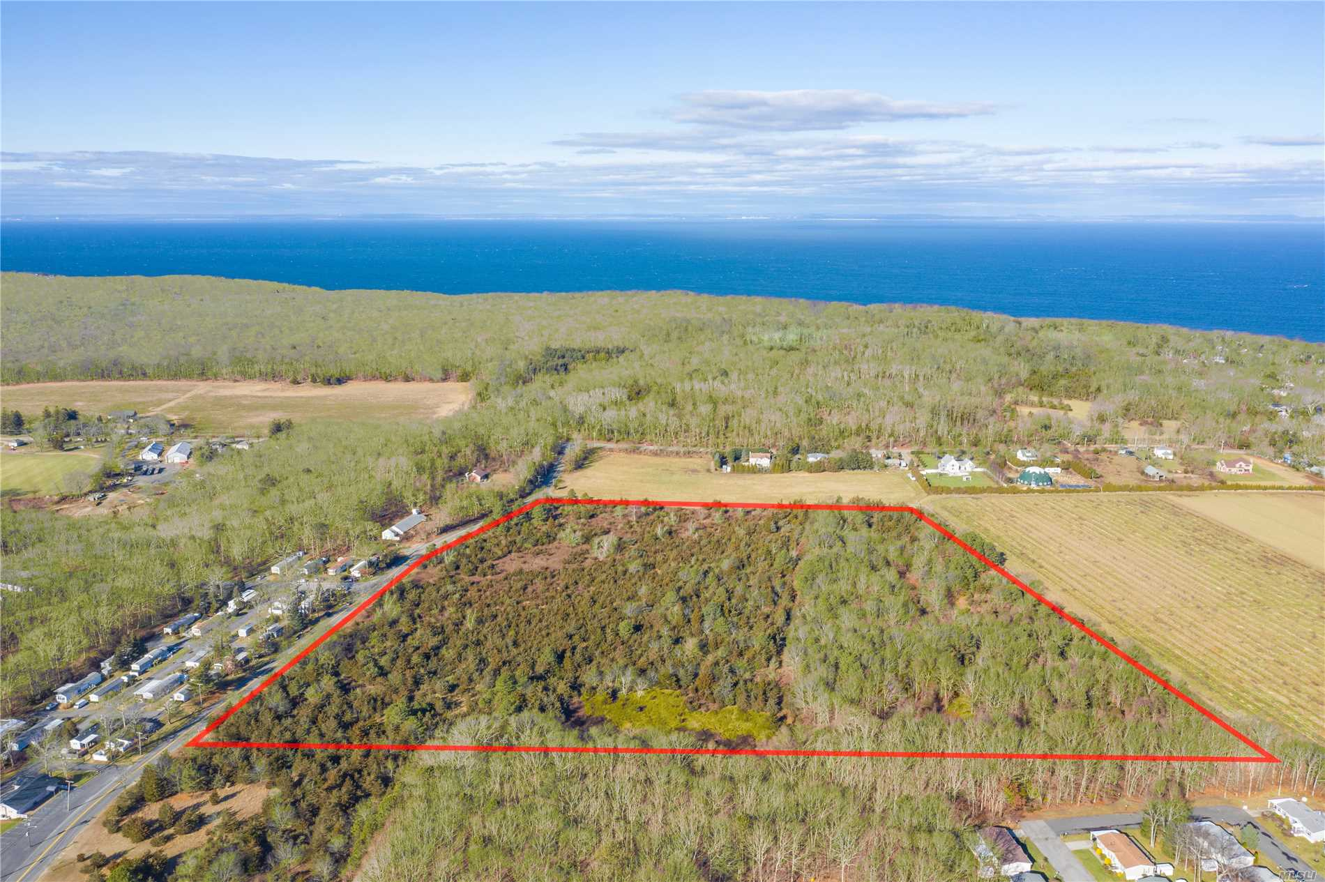 Rare 26.55 Level Acres With Development Rights In Tact Right Off Of Sound Avenue In Riverhead Township. Apz Zoning Which Allows For Multiple Uses Including Residential And Agricultural Purposes Among Others. Subdivision Possible. Great Value. Opportunity Awaits.