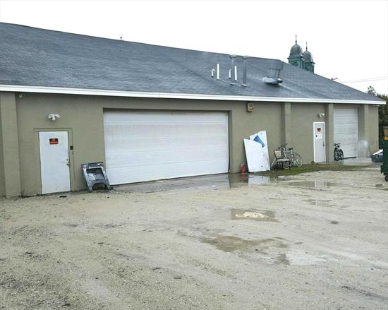 3, 000 Sq. Ft. Of Commercial/Industrial Storage/Warehouse/Other Space Available Plus Some Parking, 3-Phase Electric & Gas Heat For Rent Only At $12.00/Square Ft. Tenant Pays For All Utilities.