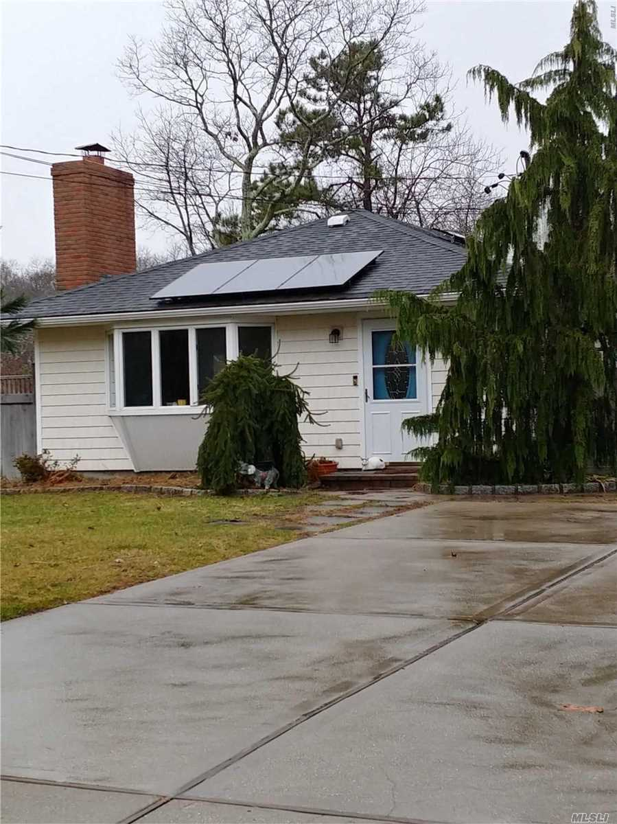 Location, Location!! Last House On Dead End Street Abuts Nature Preserve-Very Private! Nice Size Rooms, Wood Floors Throughout! Be The 1st!