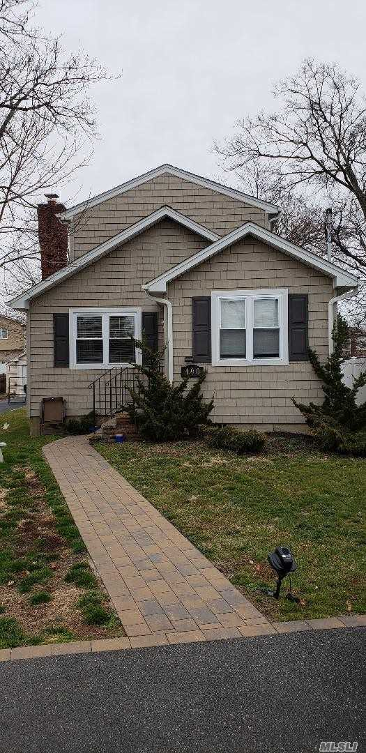 Tastefully 4 Year Old 3 Bedroom Colonial Features Eat In Kitchen W/Granite Counter Tops, Updated 2 Baths, Spacious Living Room. Gas Cooking & Heating, Hardwood Floors,  150 Amp Electric, Large Yard. Not In Flood Zone.