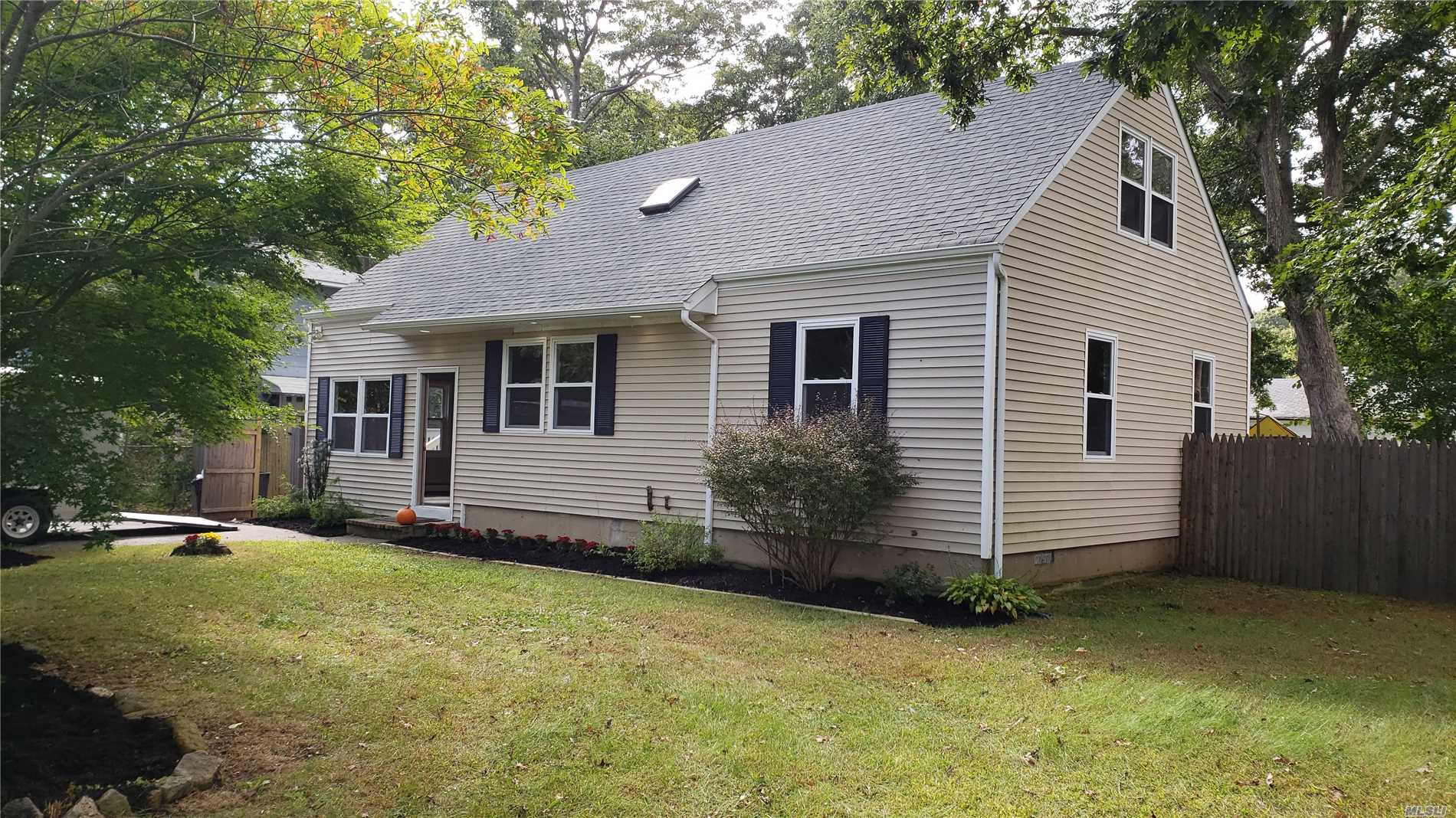 Unique Charming Cape, Completely Renovated..Top To Bottom, Roof, Siding, Flooring Bathrooms Custom Kitchen W Granite Counter, Stone Back Splash, Recess Lighting, Stainless Steel Appliances...2.5 Baths. Please Verify All Information