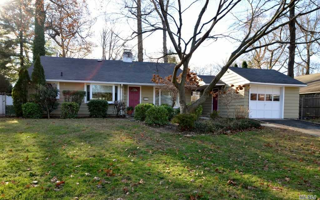 Spacious Ranch With Open Floor Plan! Lr With Fireplace And Sliders To Deck, Kitchen, Dining Area. Mstr Bdrm W/2 Walk In Closets And Sliders To Yard, 2 Addl Bdrms, Full Bath. Pull Down Stairs To Attic. Wonderful Yard! A Must See!