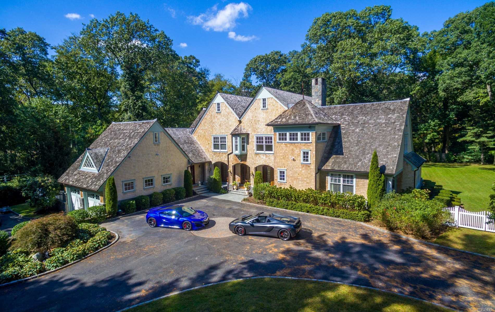 Handsome Gates Open To Colorful Gardens As You Approach This Young Extraordinary European Inspired Residence. A Refreshing, Unique Design, This 6400 Sqft Home Offers A Luxurious Lifestyle Complete With Smart House Technology, State Of The Art Amenities, Unparalleled Quality, Details With An Open Floor Plan Thats Ideal For Entertaining.1st & 2nd Flr Mastersuite, 1st & 2nd Flr Den, 6/7 Bedrms W Private Baths, Chef's Kitchen, Garage Can House Up To 4 Cars, 11'Ci In Lower Level.2 Quiet Acres, Jericho Sd#15