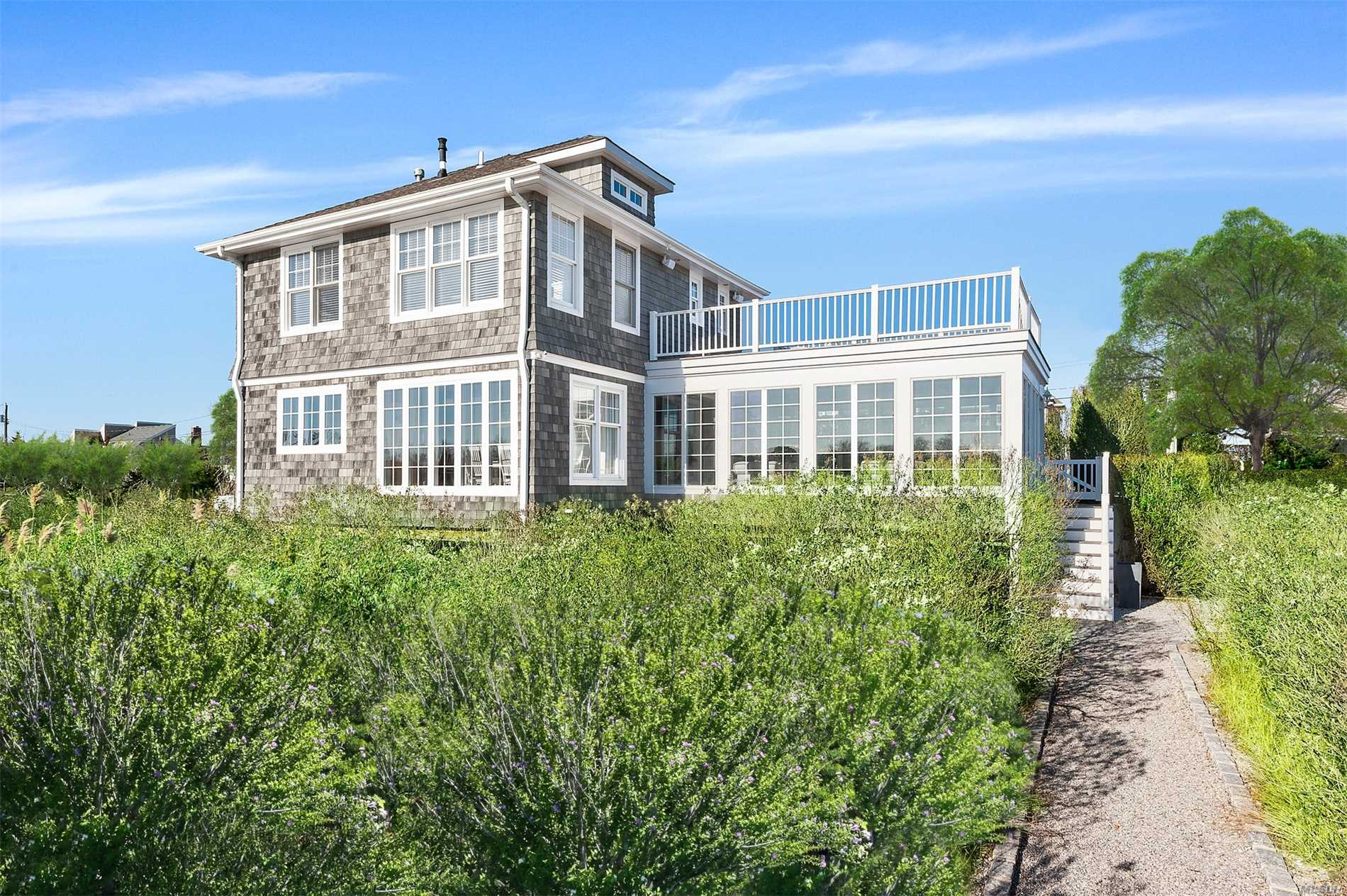 Custom Built Beach House In Cold Spring Point Beach Community.Open Plan Surrounded By French Doors Overlooking The Bay. Cozy Den With Fireplace, Plus Sun Drenched Living Room With Water Views. Second Floor Bedrooms All Meticulously Designed. Large Second Floor Deck With Views Of Bay And Harbor. Private Deep Water Dock, Sandy Bay Beach And Community Tennis. Close To Southampton Village Shops, Restaurants And Ocean Beaches.