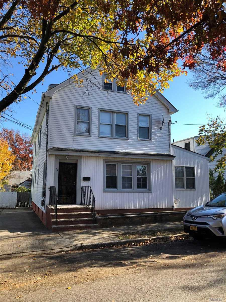 Excellent 2 Bedroom Apartment In Elmont . Very Nice Location, Close To All.