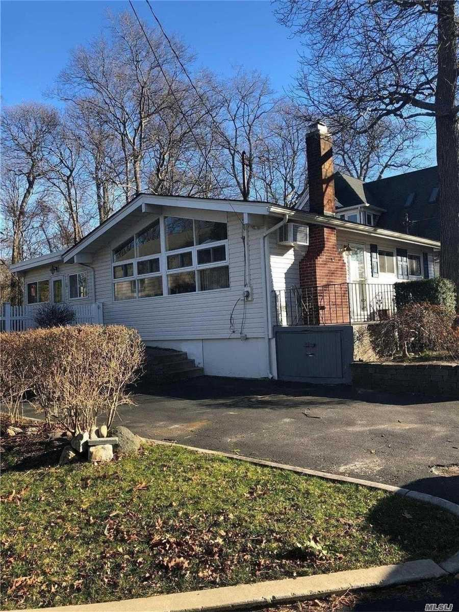 Northfork Waiting For You! Adorable All Year Round House Steps To Beach Waterview Great For Retirement Shopping Wineries Sunny Cozy Home Wont Last! Beach Rights Included
