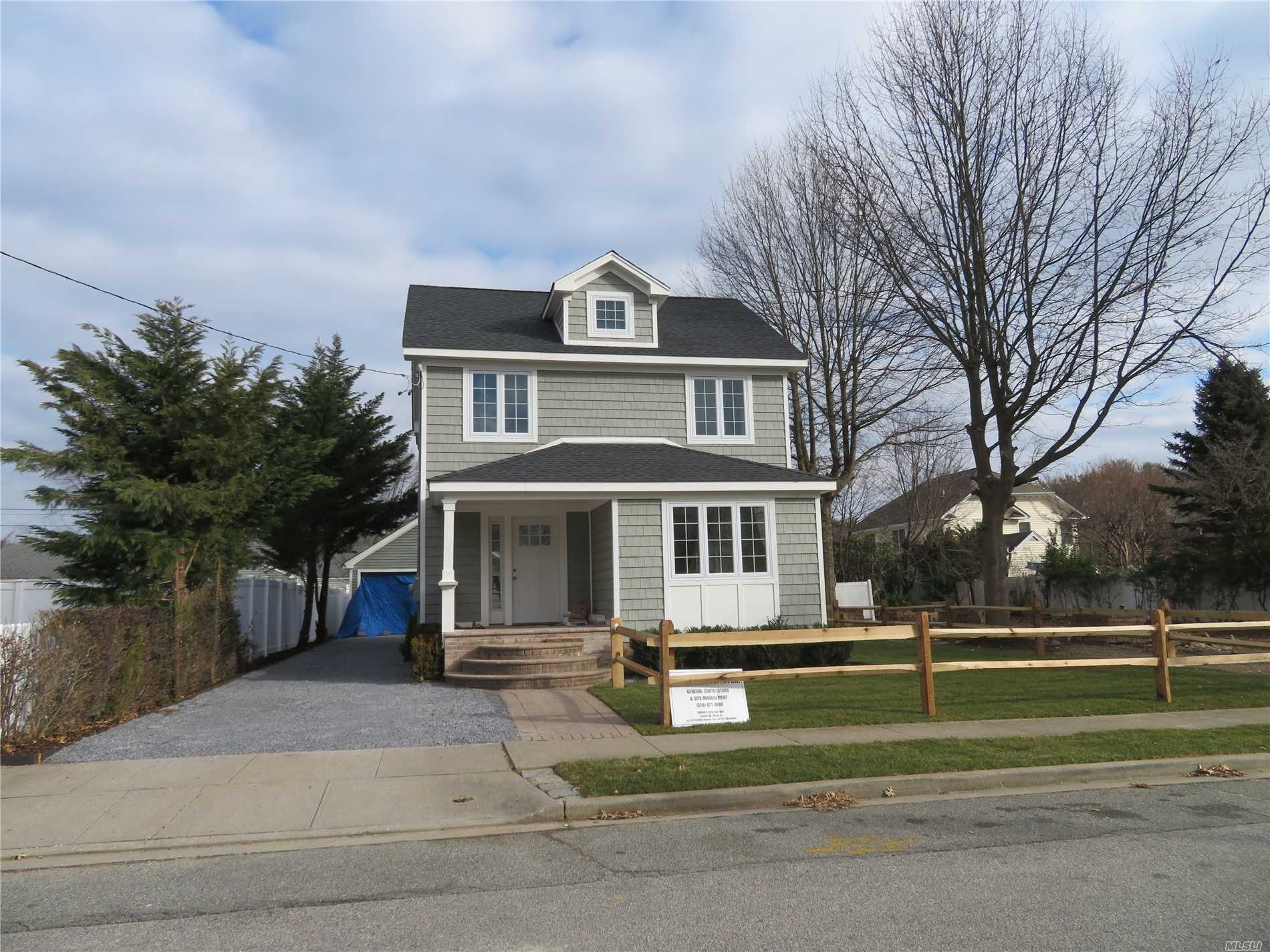 Fabulous, Totally Redone From Studs, Fabulous Eik, Great Bathrooms, . Cac, 1 Car Garage, New Deck, Lovely Gardens