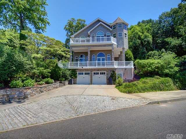 Spectacular Postmodern Home In Pristine Condition, Having Exceptional Custom Improvements And Incredible Flow. Come See The Custom Kitchen, Bathrooms, Accents And Exceptional Taste That Pervades This One Of A Kind Masterpiece. Overlooking The Beautiful Harbor With Gorgeous Views Of Waterfront Tranquility! Impeccable Attention To Detail, Ig Pool, Lion's Share Of Pond!