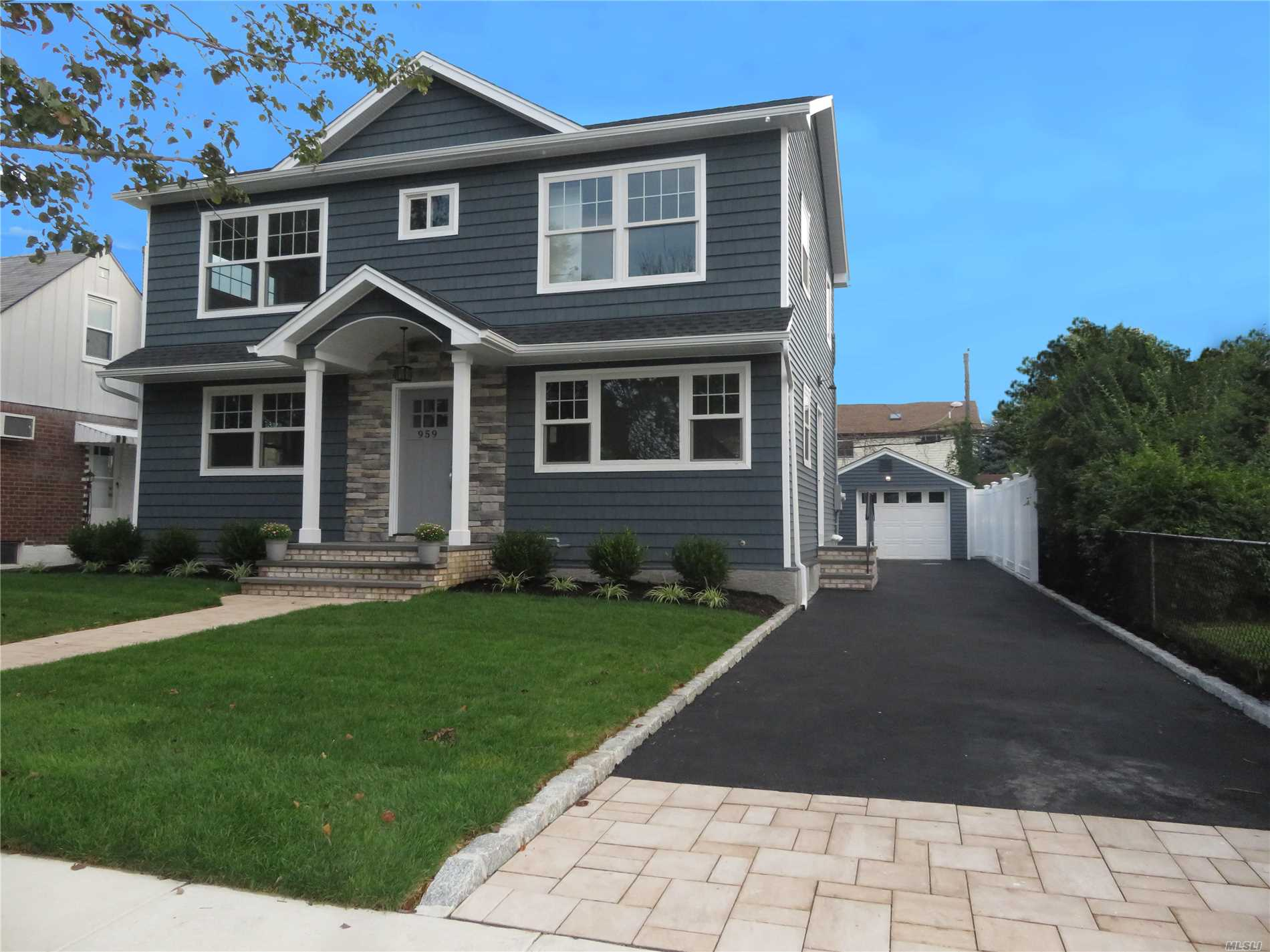 Come See This Gorgeous Open Layout Colonial New Build Boasting An Eik W/Quartz Counters And High-End Appliances, 4 Bedrooms, 2.5 Baths, 1.5 Car Garage, 200 Amps, Cac, Woof Floors And Top Notch Finish Work From Top To Bottom, Inside And Out!