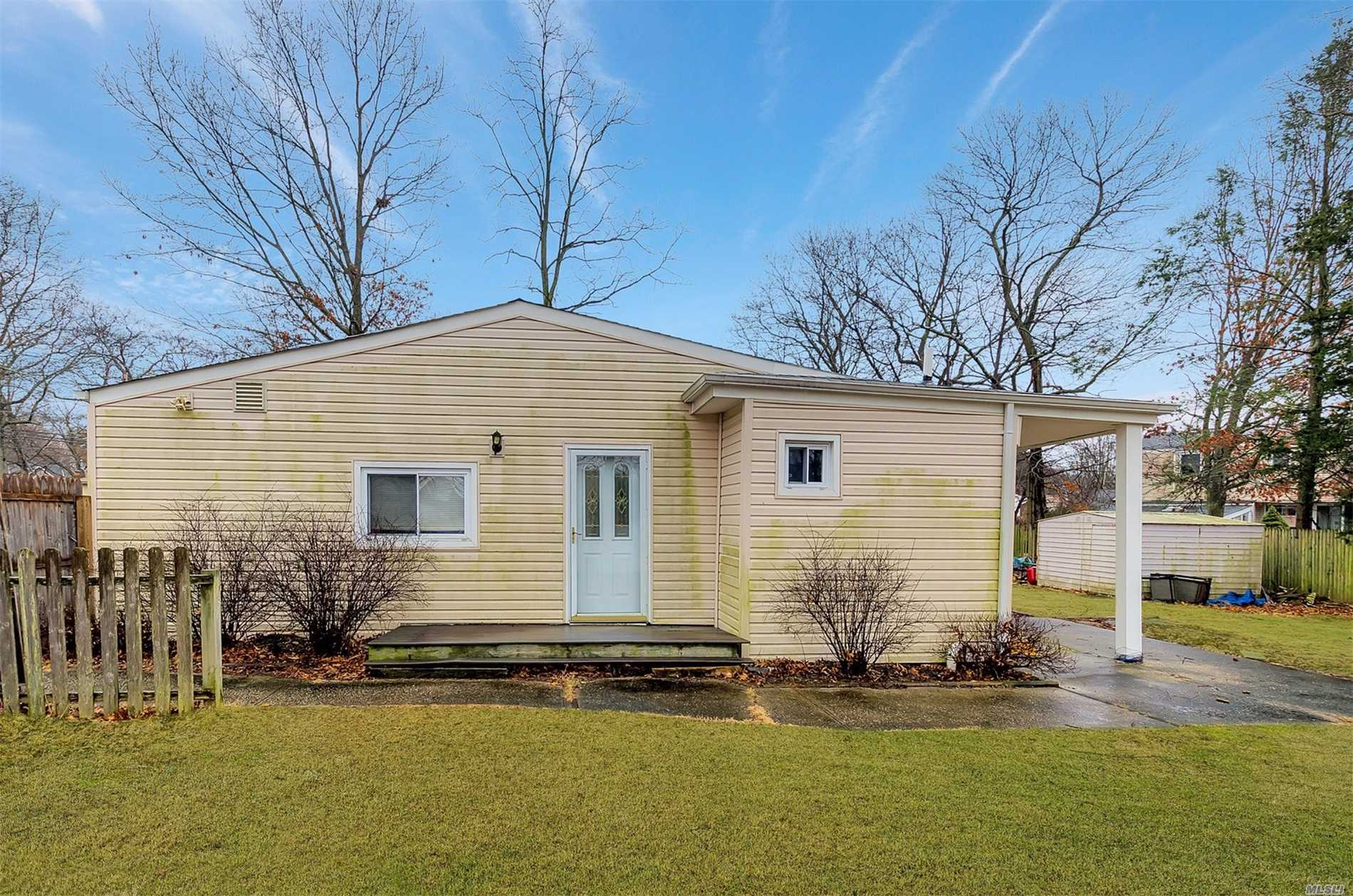 Magnificent Ranch On Dead End Street Open Floor Plan Recessed Lighting And Large Bedroom Beautiful Enormous Kitchen With Lots Of Cabinet And Counter Space Large Side Yard Part Unfinished Basement With Outside Entrance Why Rent When You Can Own? Great Investment Property