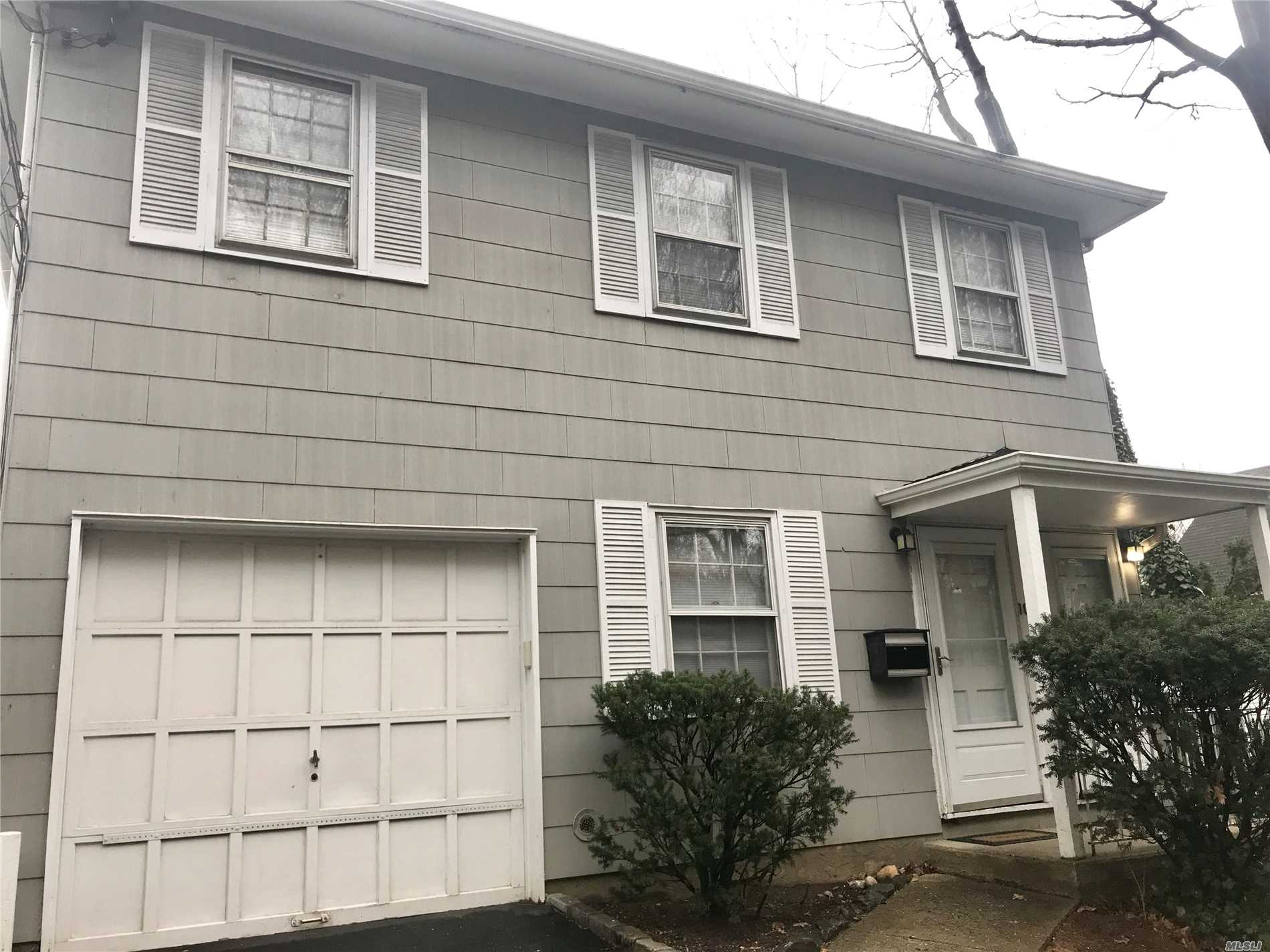 Sunfilled Newly Painted & Newly Carpeted Bright 2nd Floor Bedroom Plus Office Apt. Near Roslyn Village, Roslyn Schools, Offering Tons Of Space, Plus Extra Storage, Use Of Yard, Washer & Dryer. Excellent Condition.