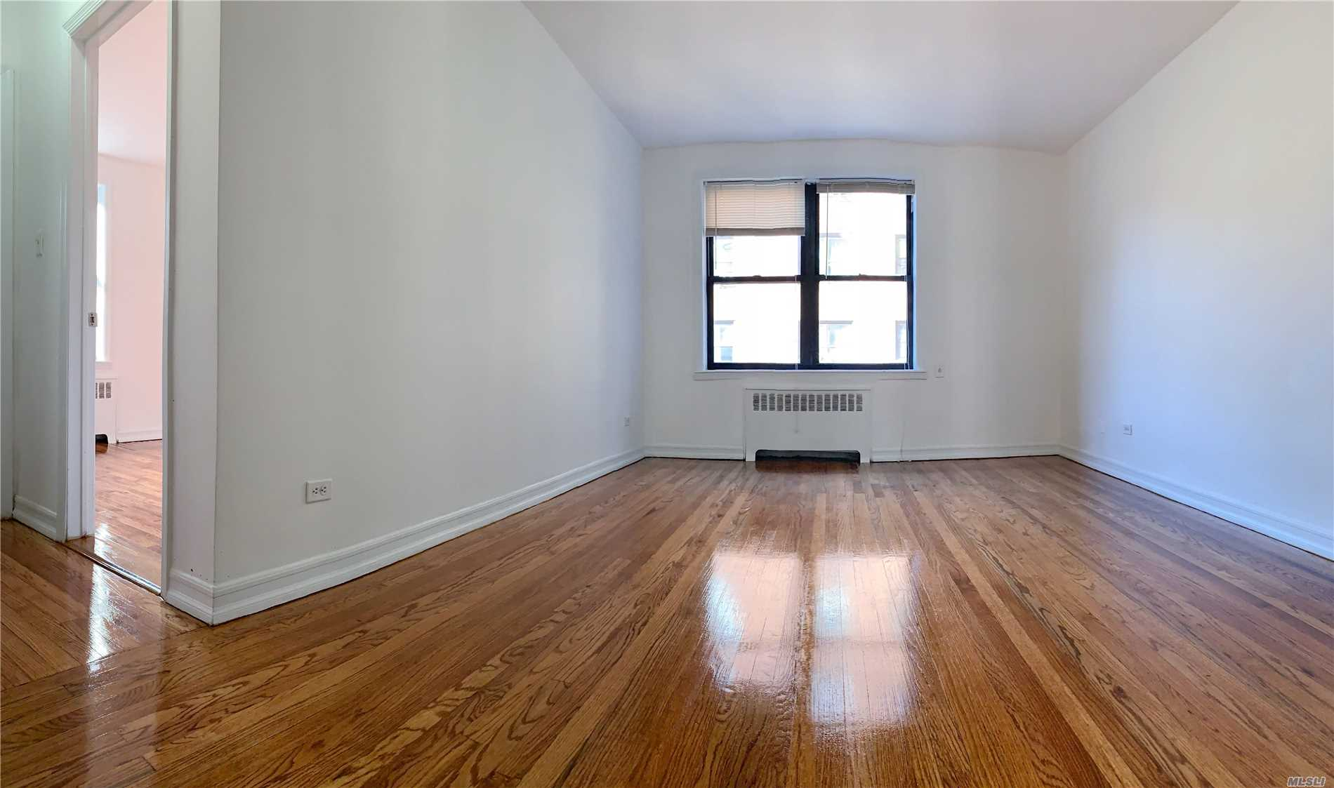Beautiful, Bright And Updated 1Br/1Ba Co-Op On A Peaceful Block In The Heart Of Elmhurst. Elevator Building With Laundry In The Basement. Large Bedroom With Airy Southwest Exposure. Beautiful Hardwood Floors Throughout. Well Managed Complex With Onsite Super. Close To Dining, Shopping And Much More. M/R Train And Q53 Bus Just One Block Away. 20 Minutes To Manhattan.